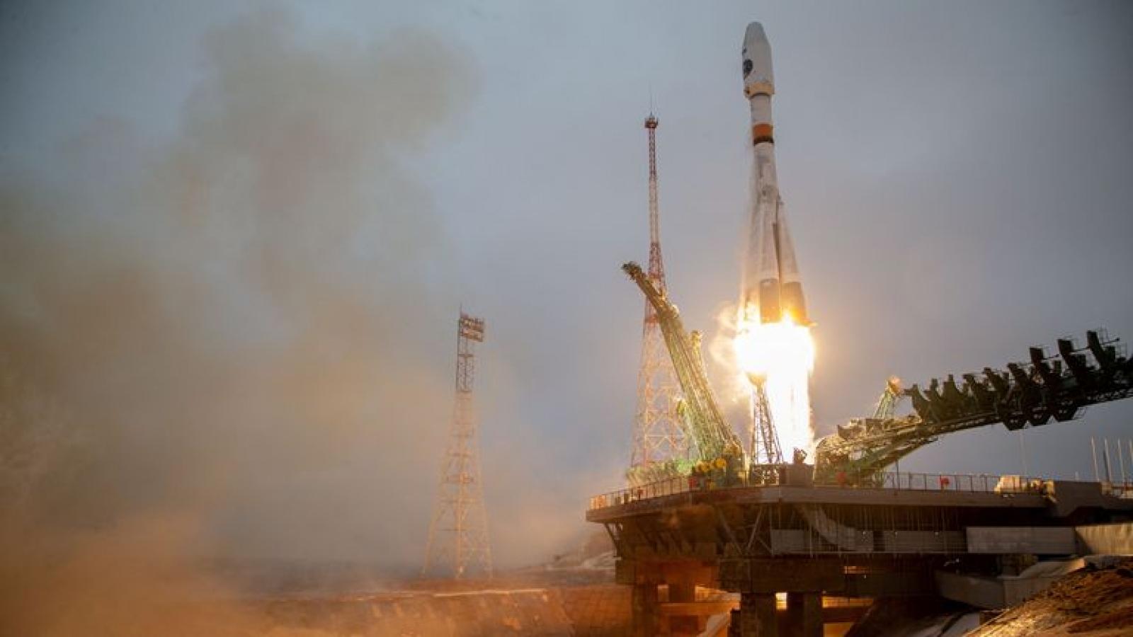 Nga phóng thành công vệ tinh đầu tiên giám sát khí hậu Bắc Cực