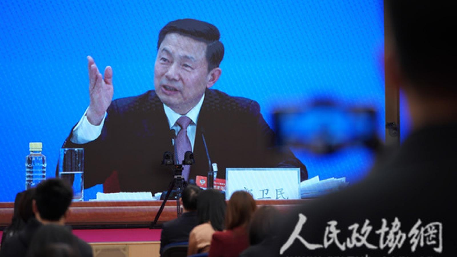 Trung Quốc bác bỏ cáo buộc lợi dụng vaccine Covid-19 đểmở rộng tầm ảnh hưởng