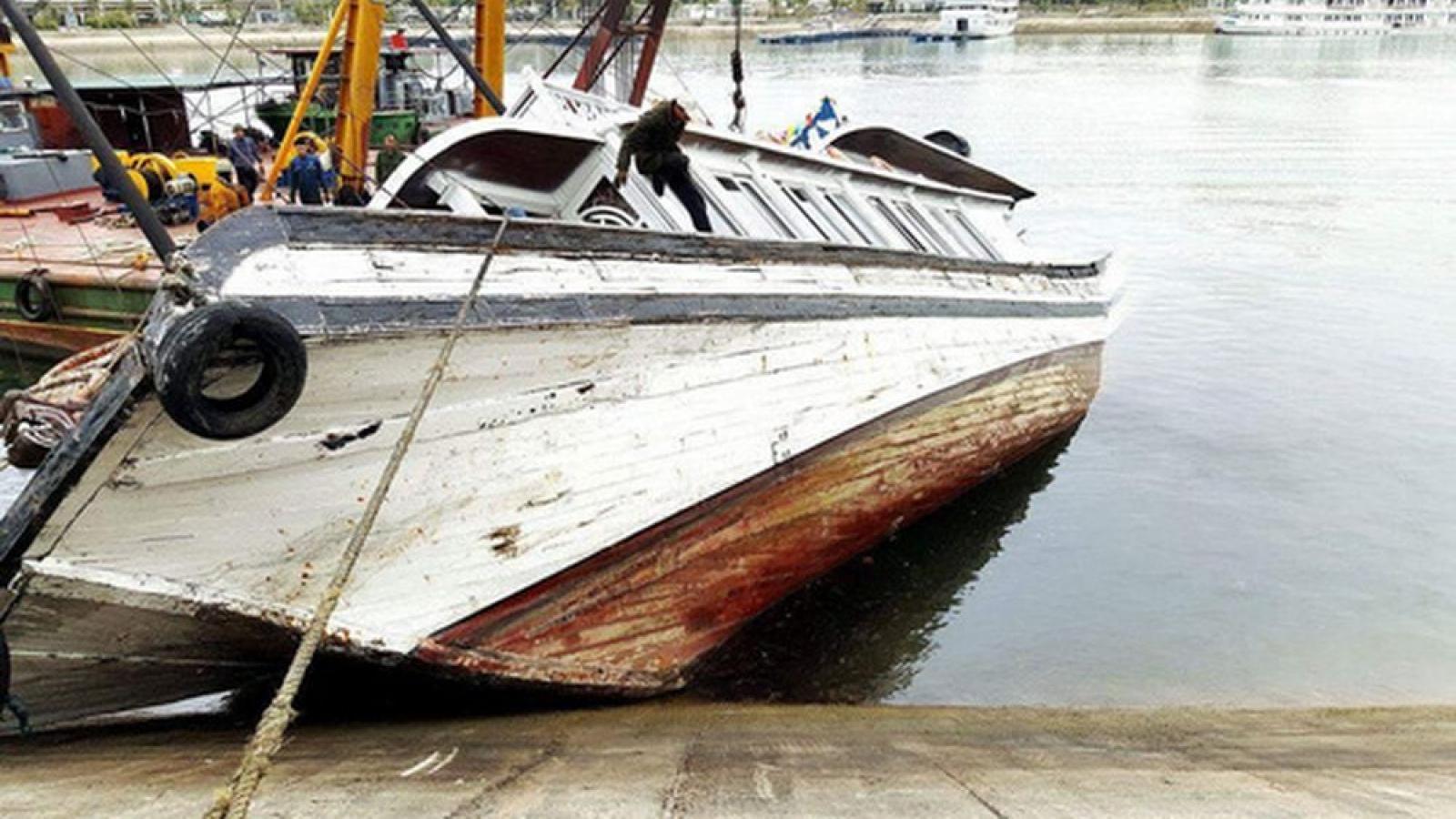 Quảng Ninh phát hiện tử thi nữ giới đang phân hủy trong âu tàu