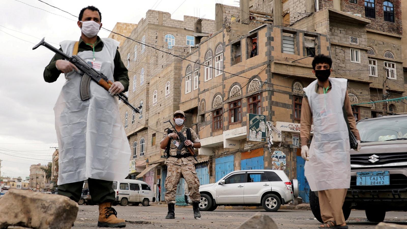 Ban bố tình trạng khẩn cấp y tế, Yemen nhận lô vaccine COVID-19 đầu tiên