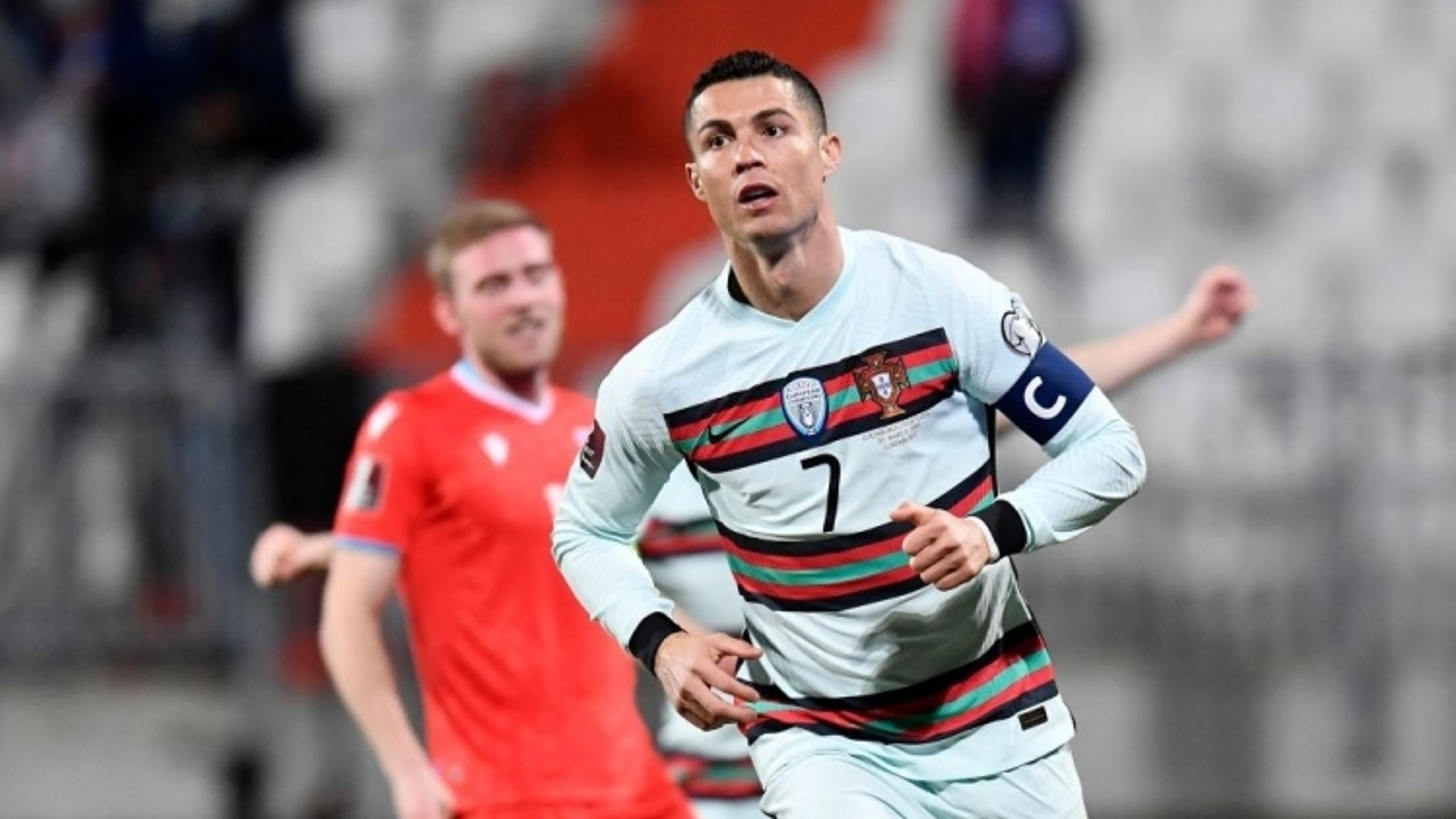Ronaldo ghi bàn, Bồ Đào Nha ngược dòng ấn tượng trước Luxembourg