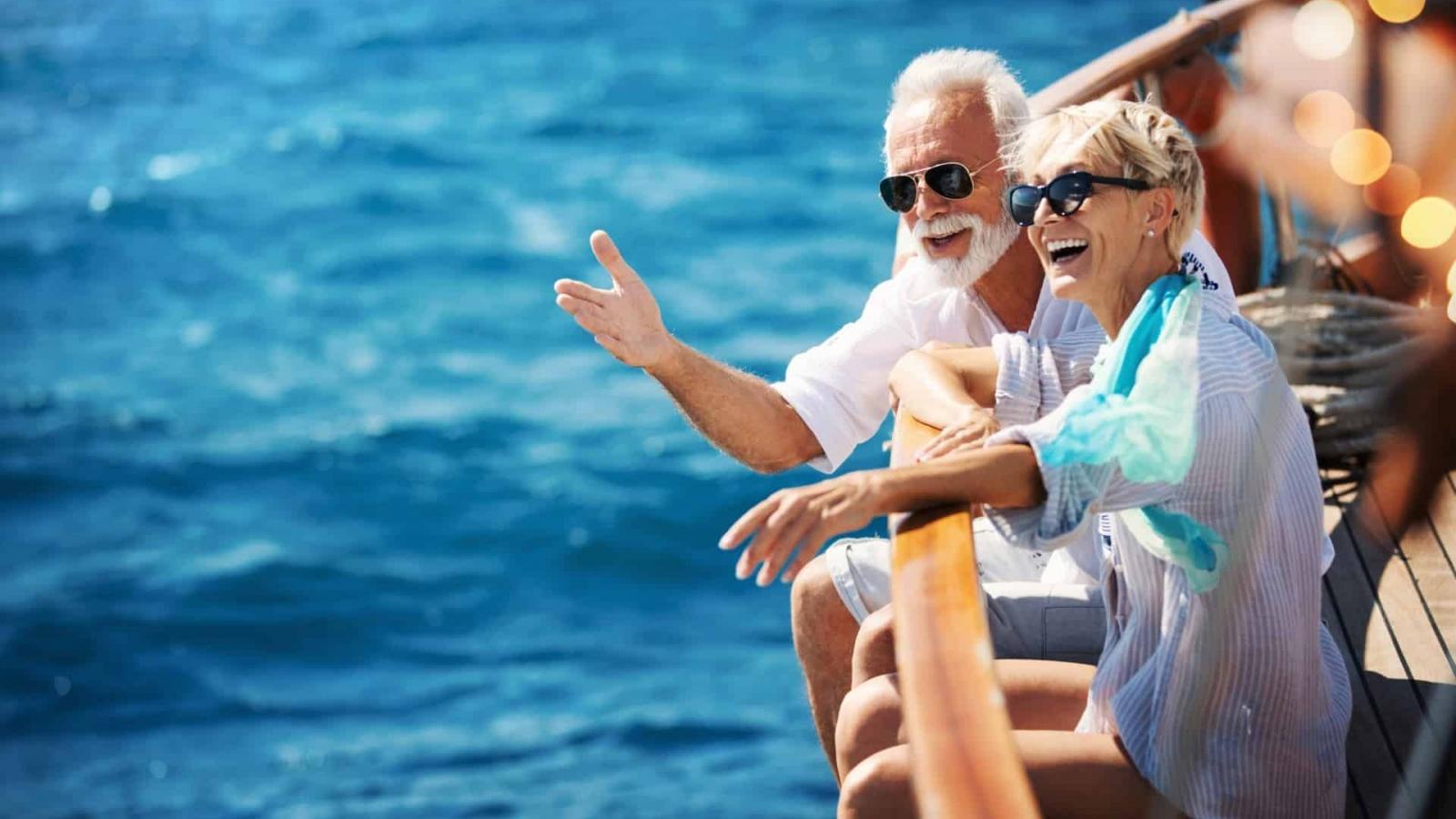 6 lý do tại sao bạn nên đi du lịch ở tuổi xế chiều