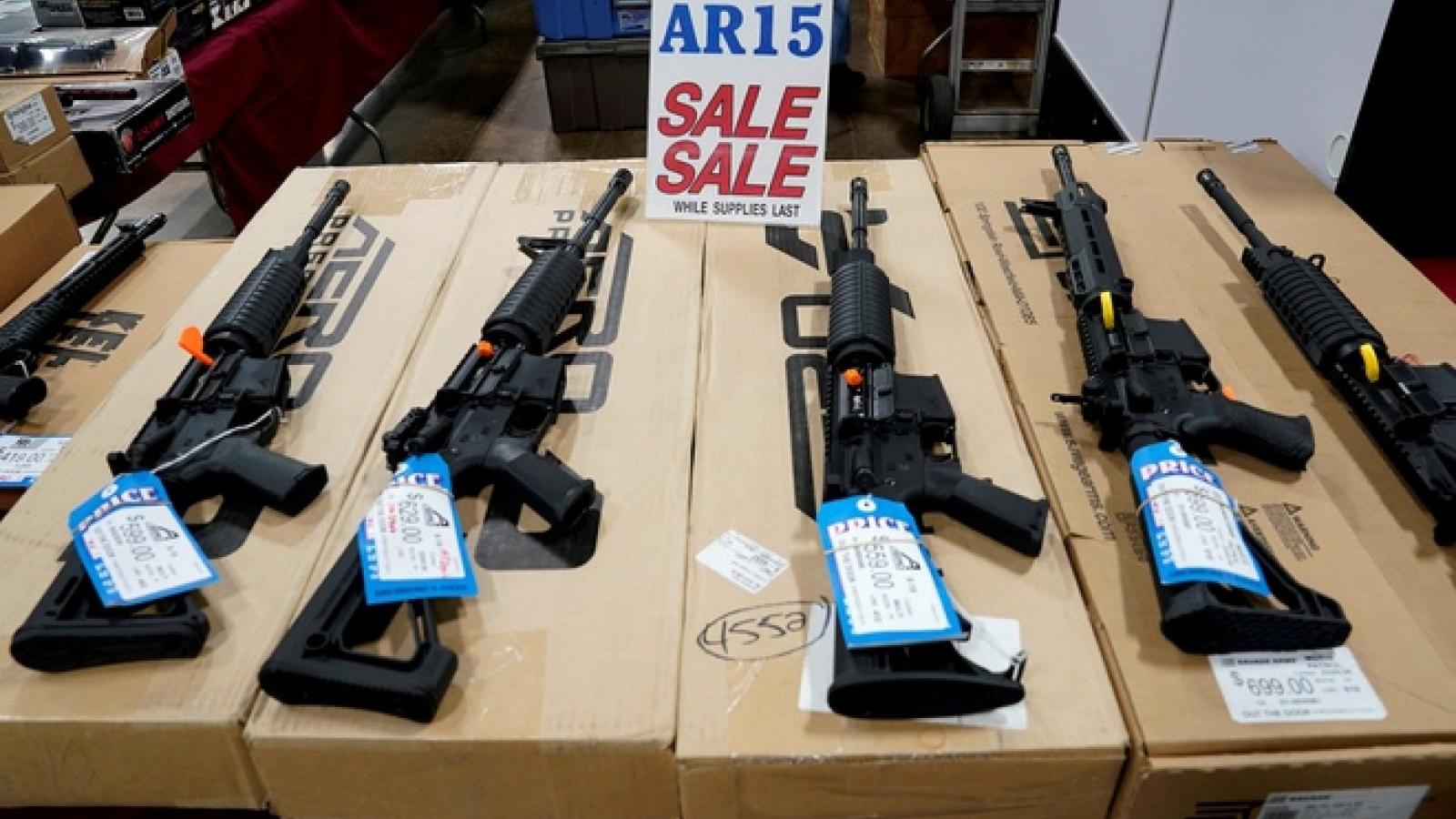 Hạ viện Mỹ thông qua hai dự luật kiểm soát súng đạn của đảng Cộng hòa