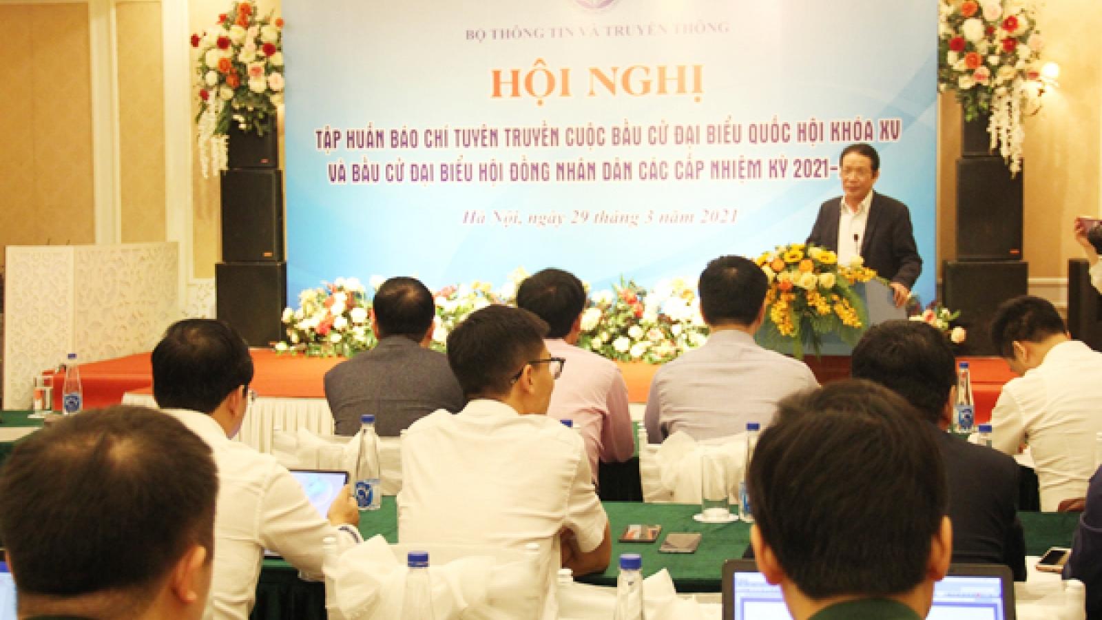 200 phóng viên tập huấn tuyên truyền về bầu cử đại biểu Quốc hội và HĐND