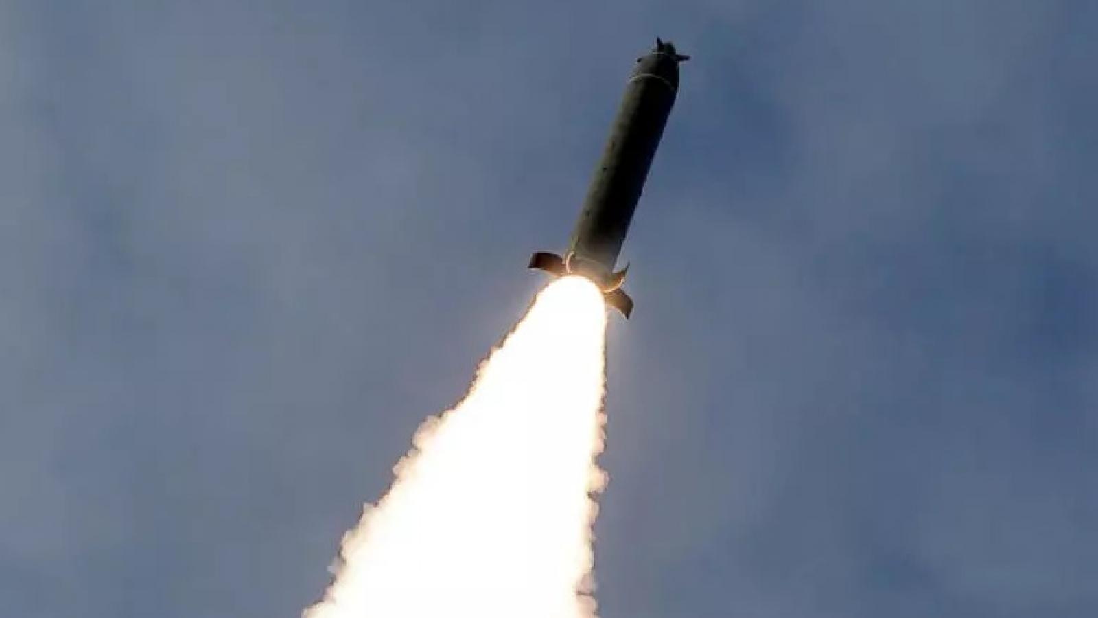 Triều Tiên đã phóng 2 tên lửa tầm ngắn vào cuối tuần qua