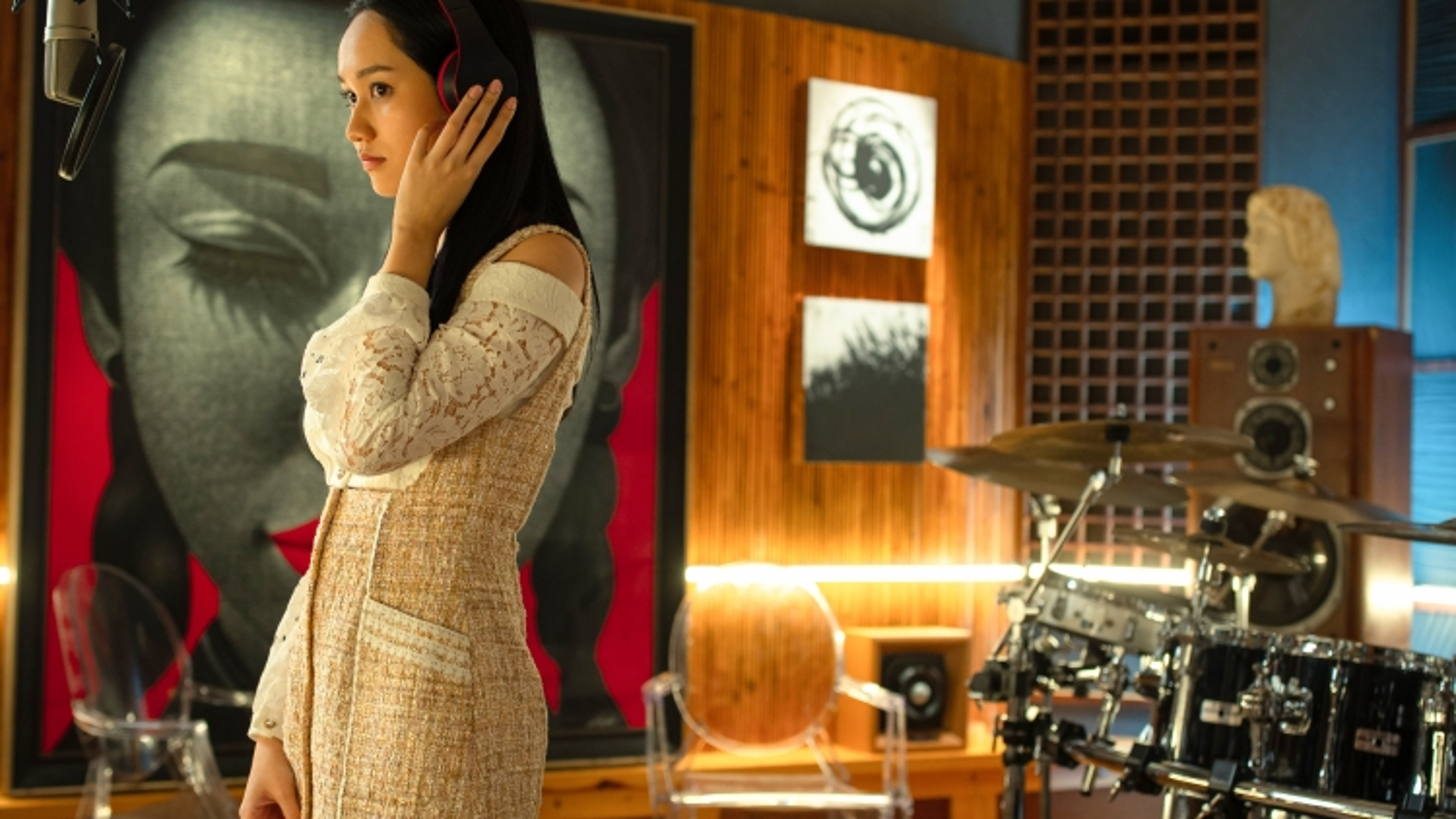 """""""Thiên thần hộ mệnh"""" tung trailer chính thức, vén màn sự thật sau ánh đèn sân khấu"""