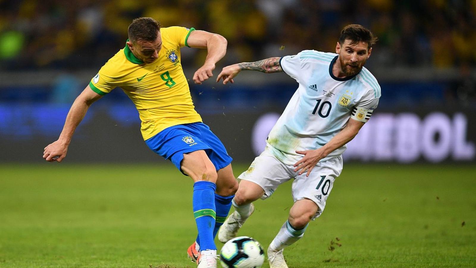 """Vòng loại World Cup 2022: Trận """"siêu kinh điển"""" Brazil - Argentina bị hoãn"""