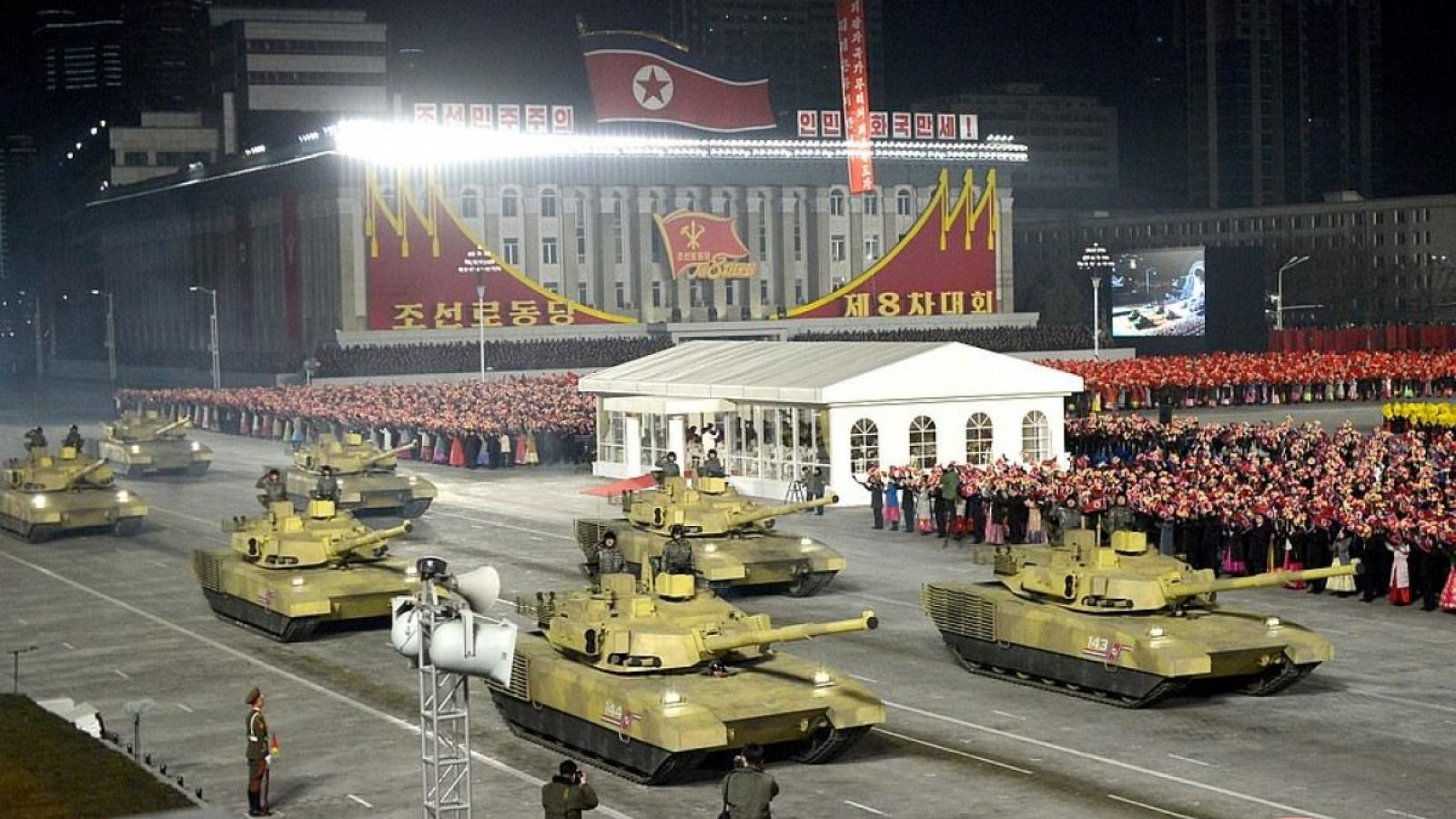Giải mã vụ phóng tên lửa mới nhất và tiềm lực quân sự của Triều Tiên