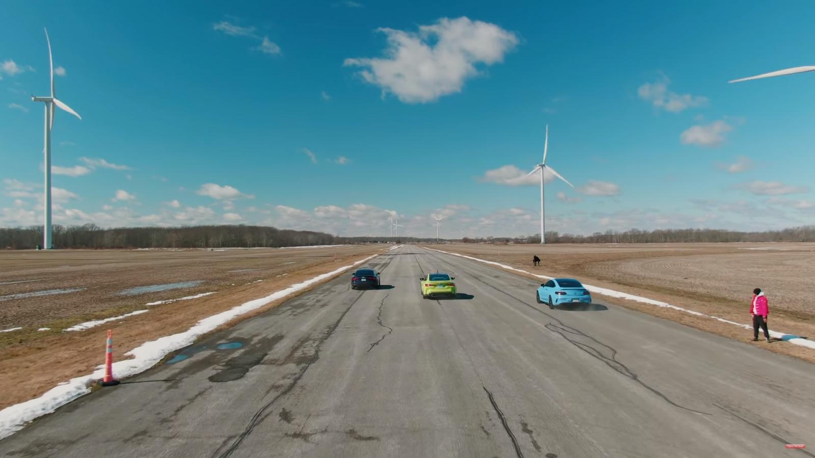 """BMW M4 """"đối đầu"""" với Audi RS5 và Mercedes-AMG C63 S Coupe"""
