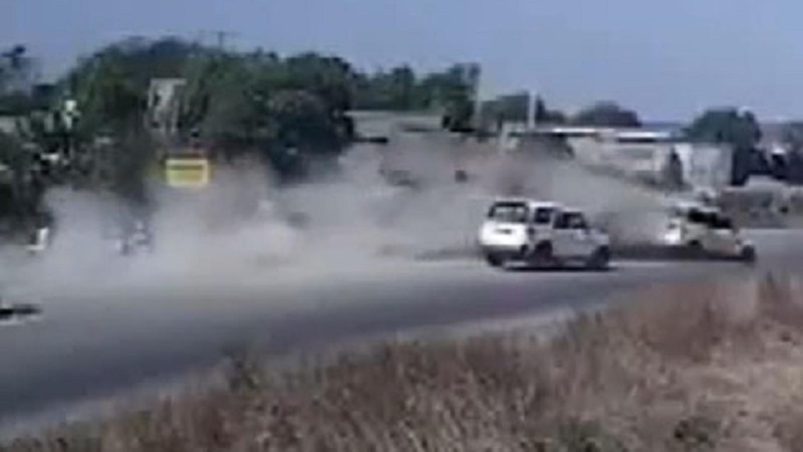 Xe đầu kéo mất lái gây tai nạn liên hoàn trên Quốc lộ 51