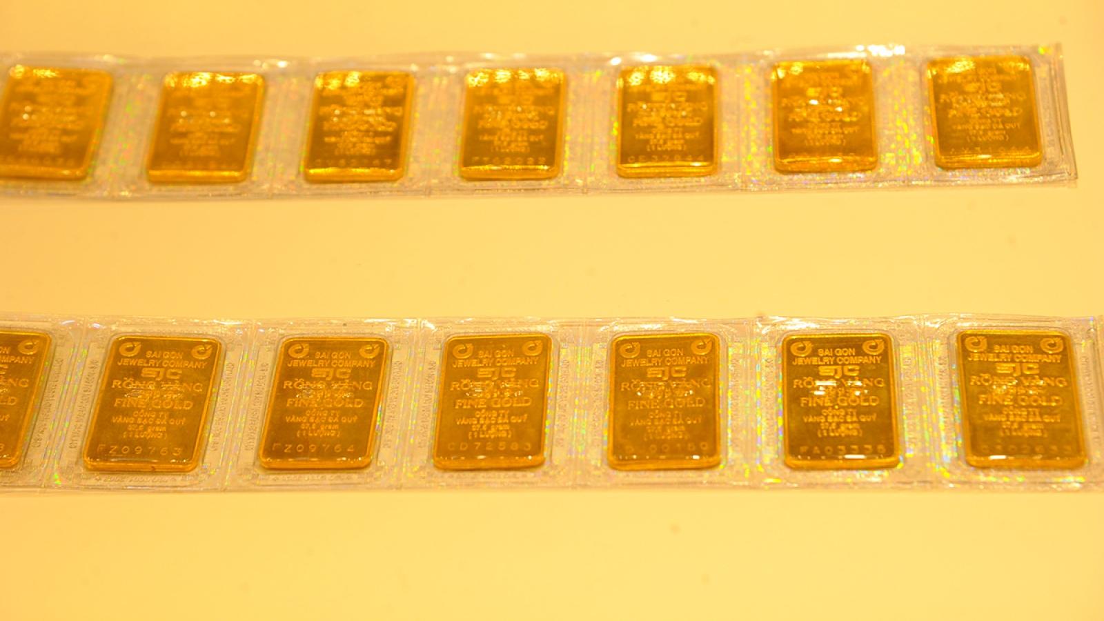 Giá vàng hôm nay 4/6: Vàng SJC tiếp tục giảm 400.000 đồng/lượng