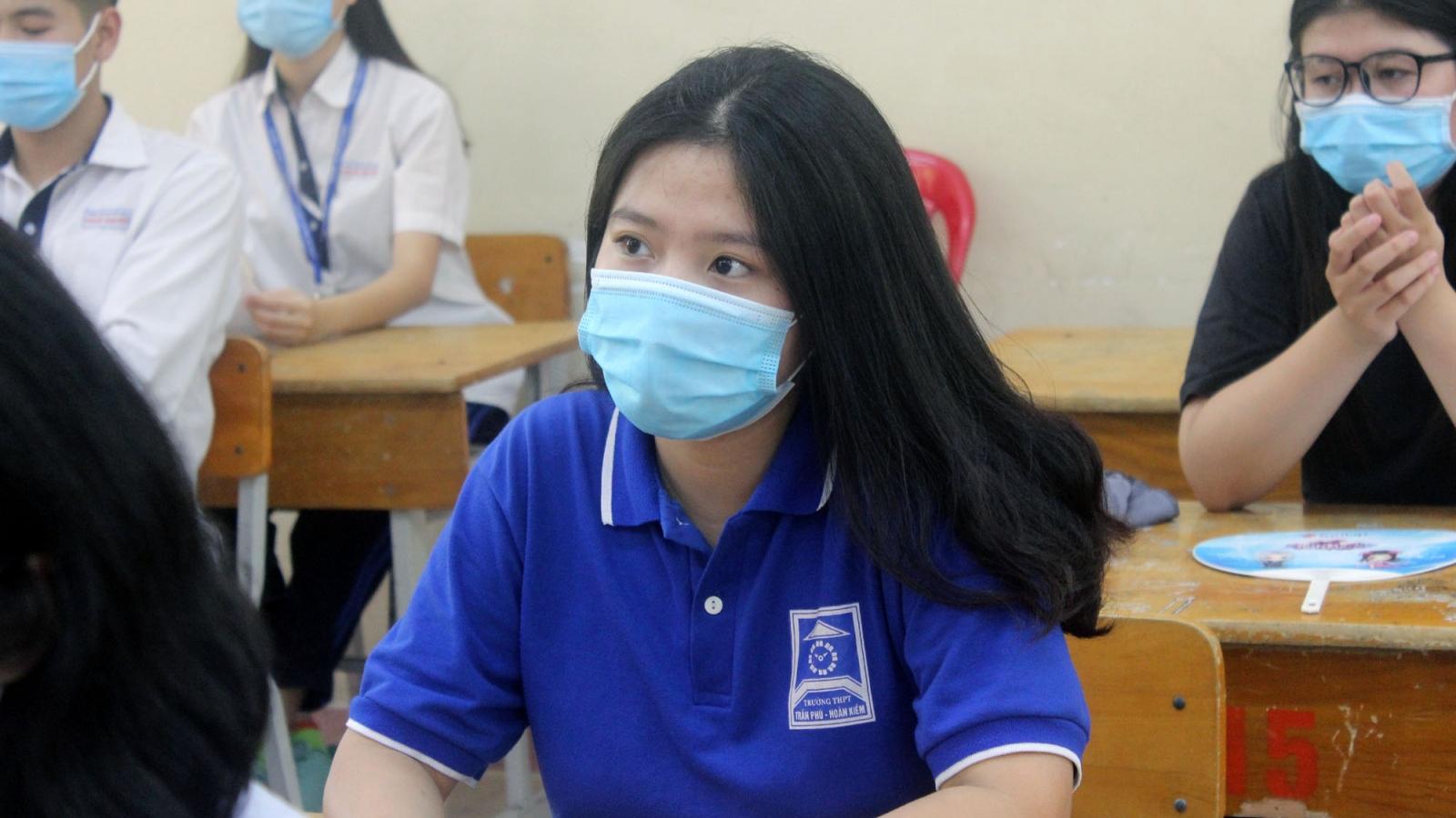 """Tuyển sinh lớp 10 tại Hà Nội: """"Nếu Bộ giữ nguyên lịch thì Sở sẽ không lùi"""""""