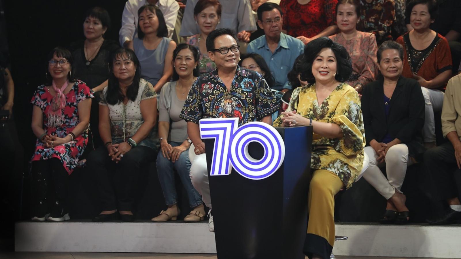 NSND Hồng Vân tiết lộ nghệ sĩ không được uống nước mía trước khi lên sân khấu