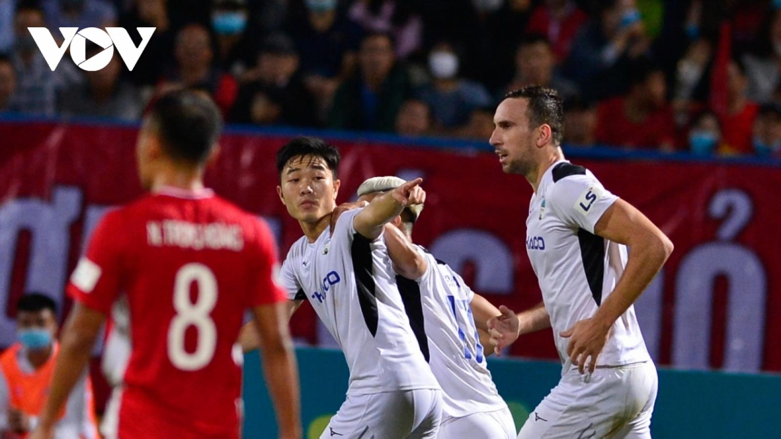 """Lịch thi đấu vòng 5 V-League 2020: HAGL """"lành ít dữ nhiều"""", TPHCM đấu Hà Nội FC"""