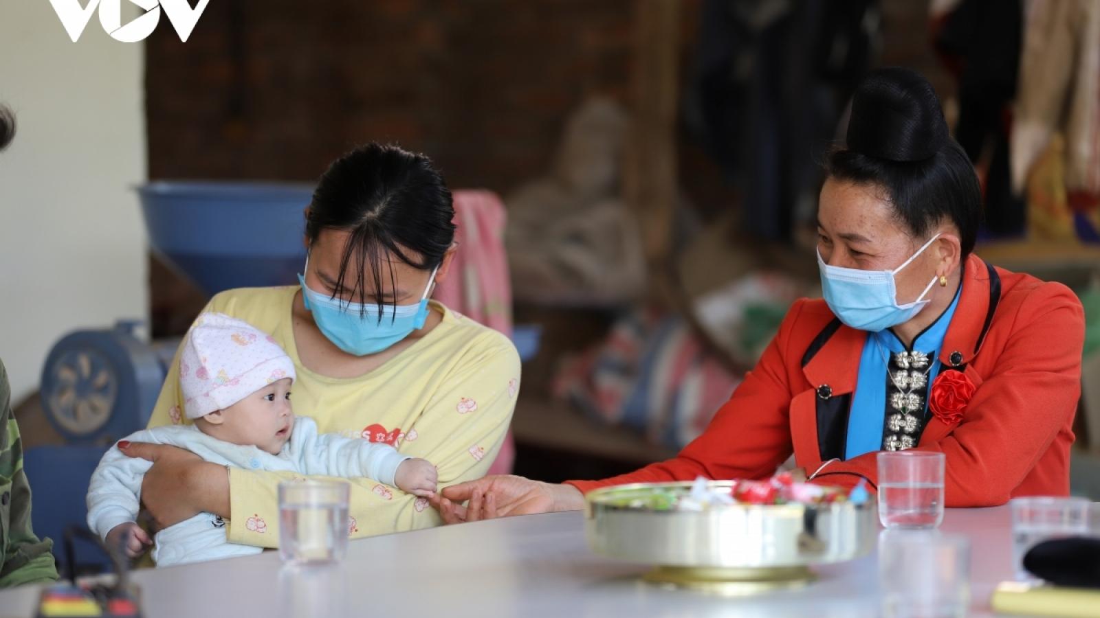 Trạm y tế xã giảm gánh nặng chuyển tuyến cho bệnh nhân nghèo Lai Châu