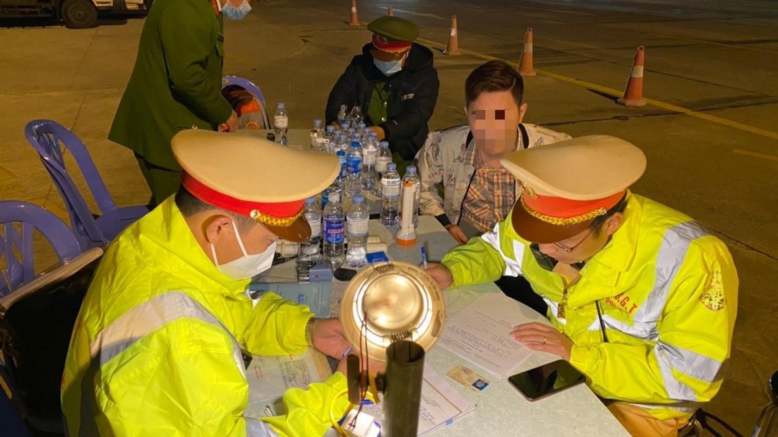 Phát hiện tài xế dương tính với ma túy trên cao tốc Hà Nội – Hải Phòng