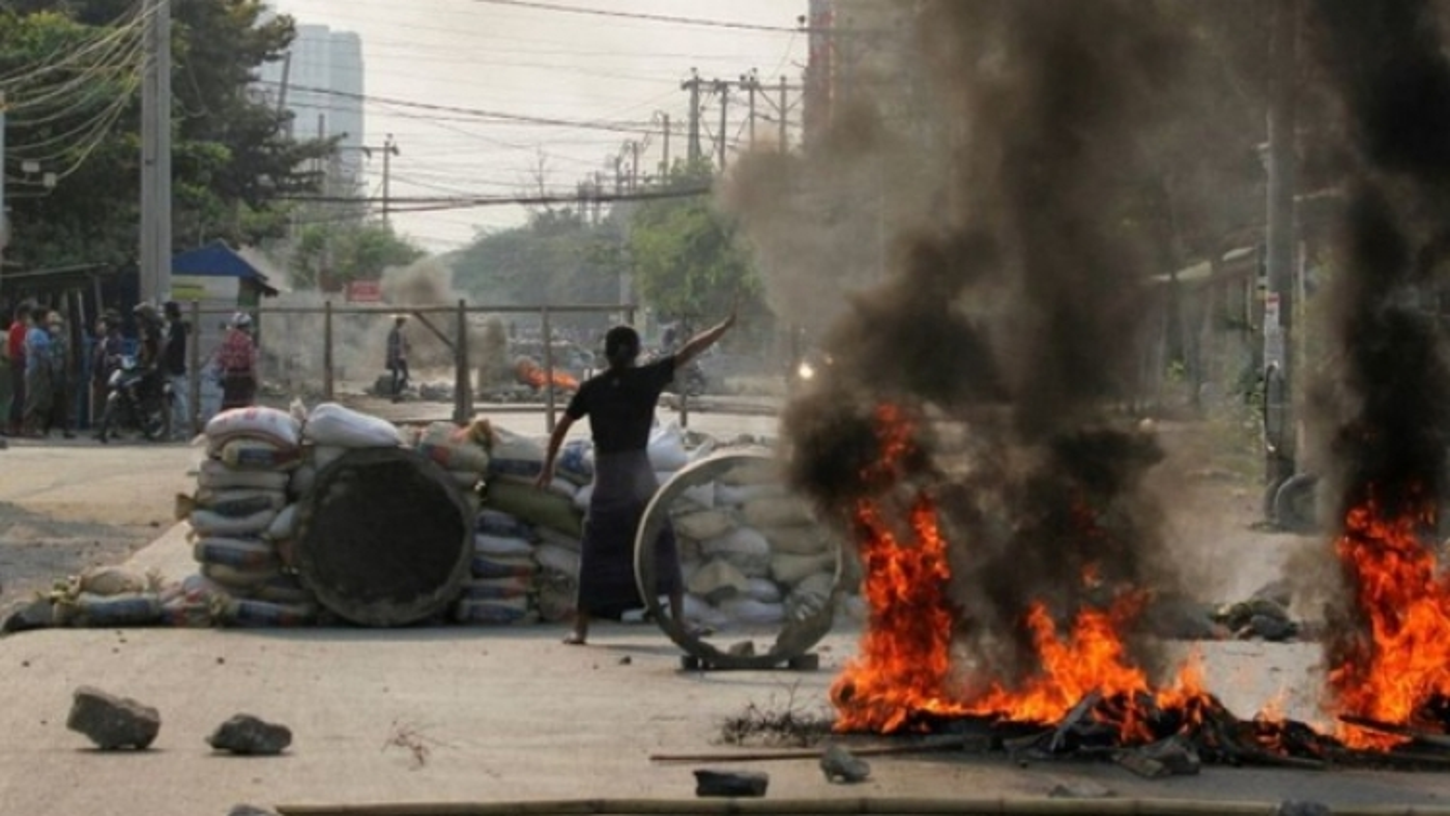 Hơn 80 người biểu tình thiệt mạng trong các cuộc đụng độ với lực lượng an ninh Myanmar