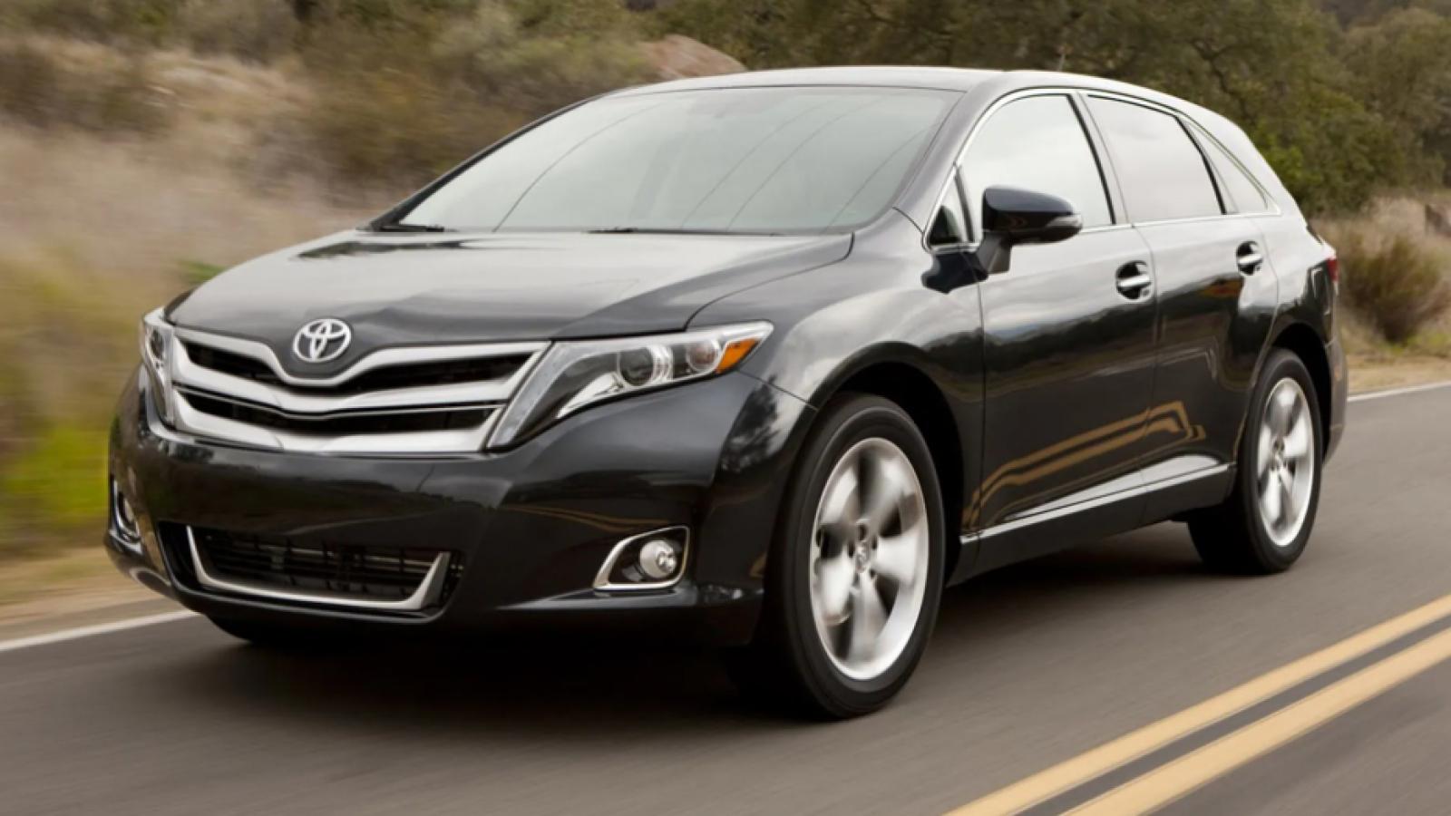 Toyota triệu hồi Venza vì vấn đề túi khí