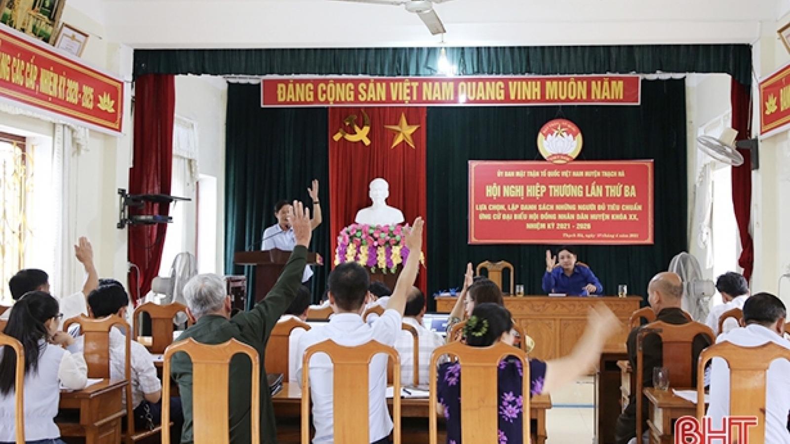 Đồng bào công giáo Hà Tĩnhhướng về ngày hộibầu cử
