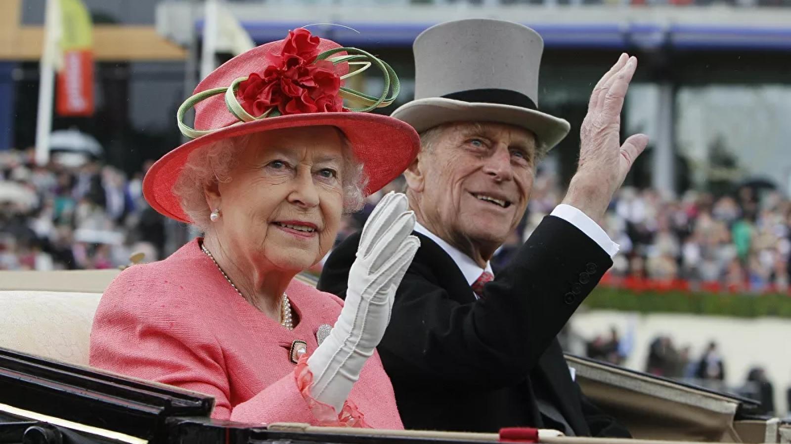 Nhìn lại những khoảnh khắc đáng nhớ trong cuộc đời Hoàng thân Philip