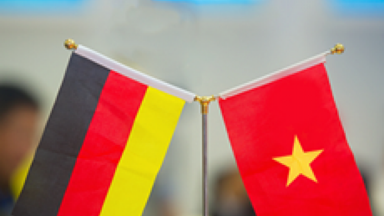 Vietnam beefs up engagements with German hospitals, businesses