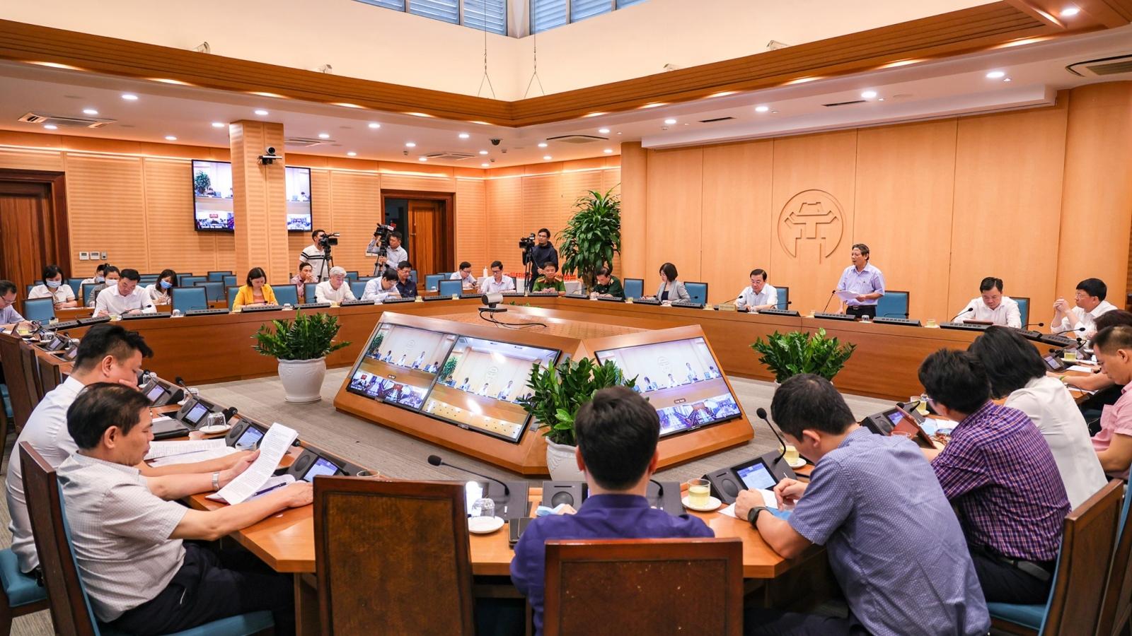 Các quận, huyện, cơ quan của Hà Nội phải trực 24/7 để tăng tốc truy vết, dập dịch