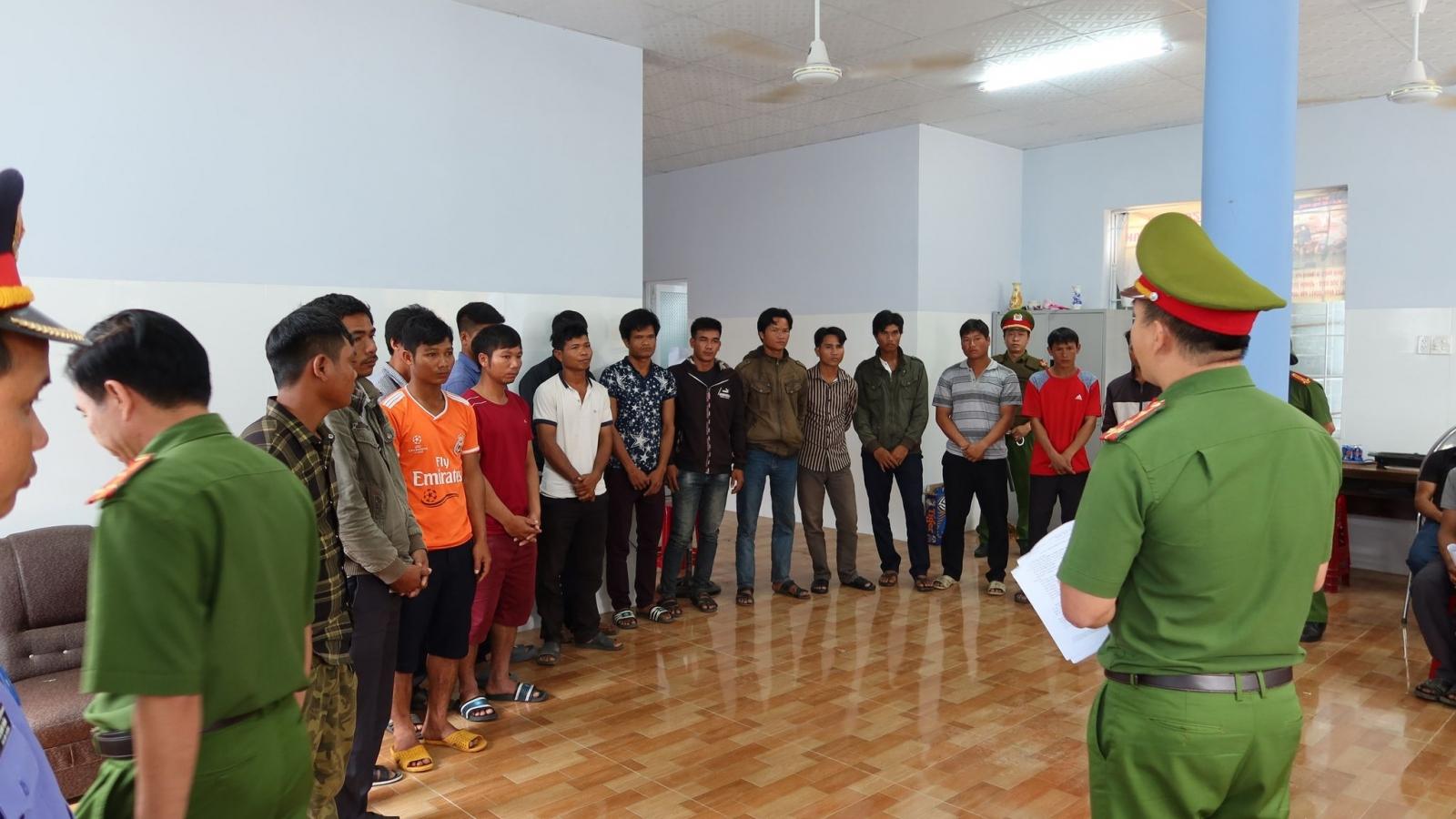 Khởi tố 37 đối tượng phá rừng đặc dụng Ea Sôr, tỉnh Đắk Lắk