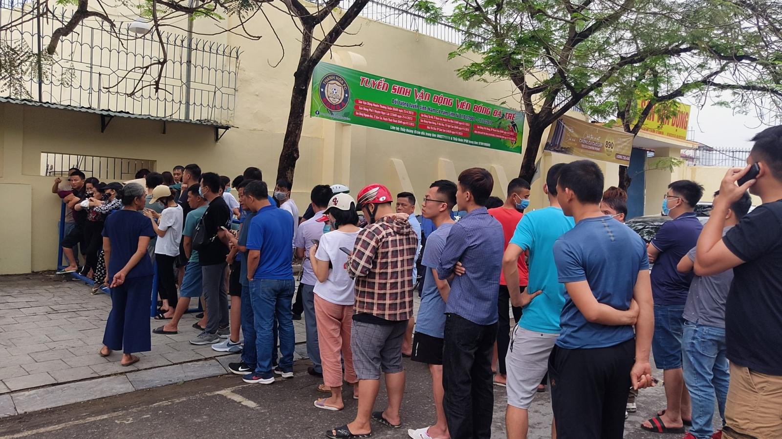 """Bắt đầu mở bán vé trận cầu """"đinh"""" Thanh Hóa - HAGL"""