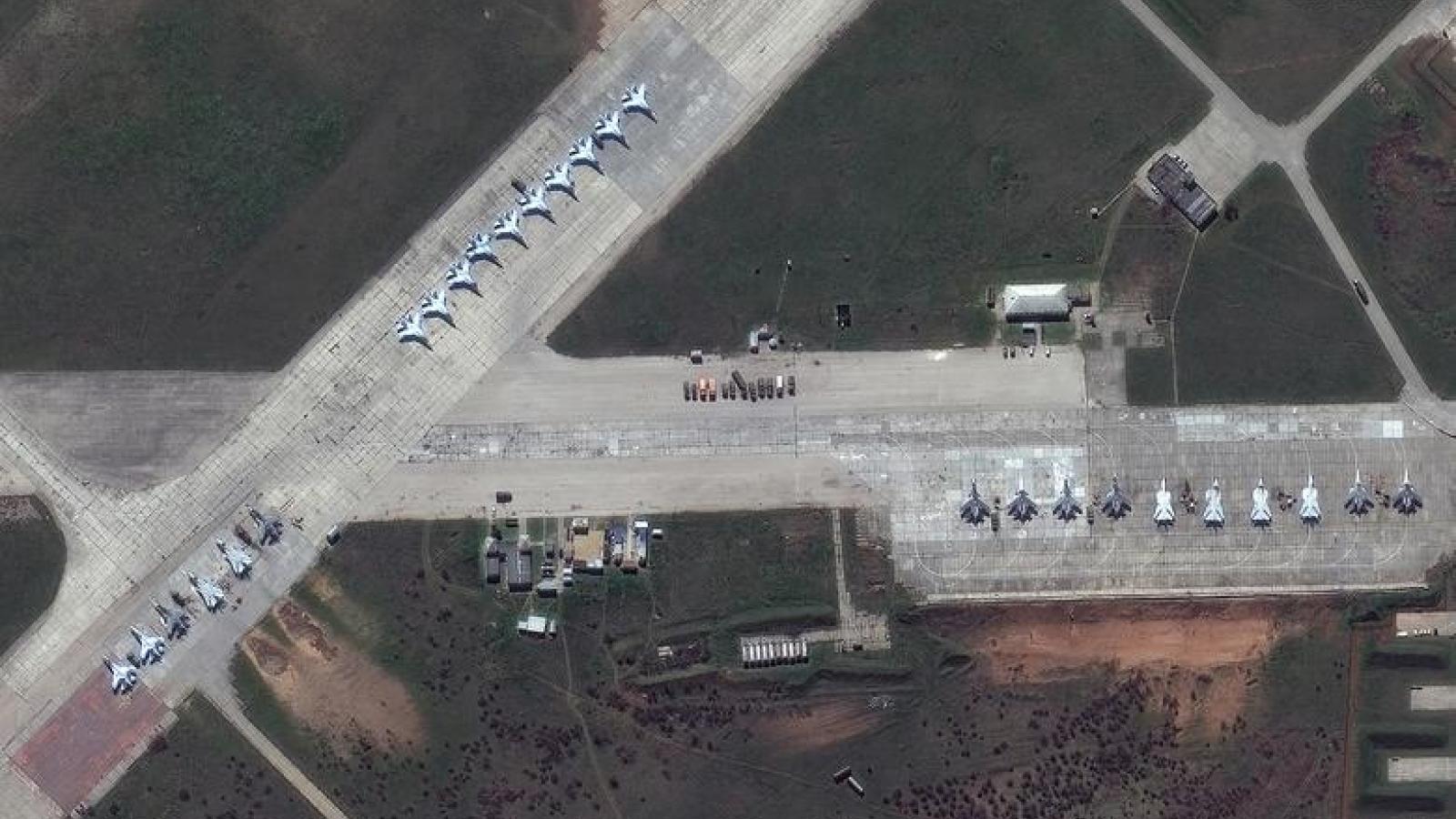 Ảnh vệ tinh hé lộ quy mô lực lượng quân đội Nga gần biên giới Ukraine