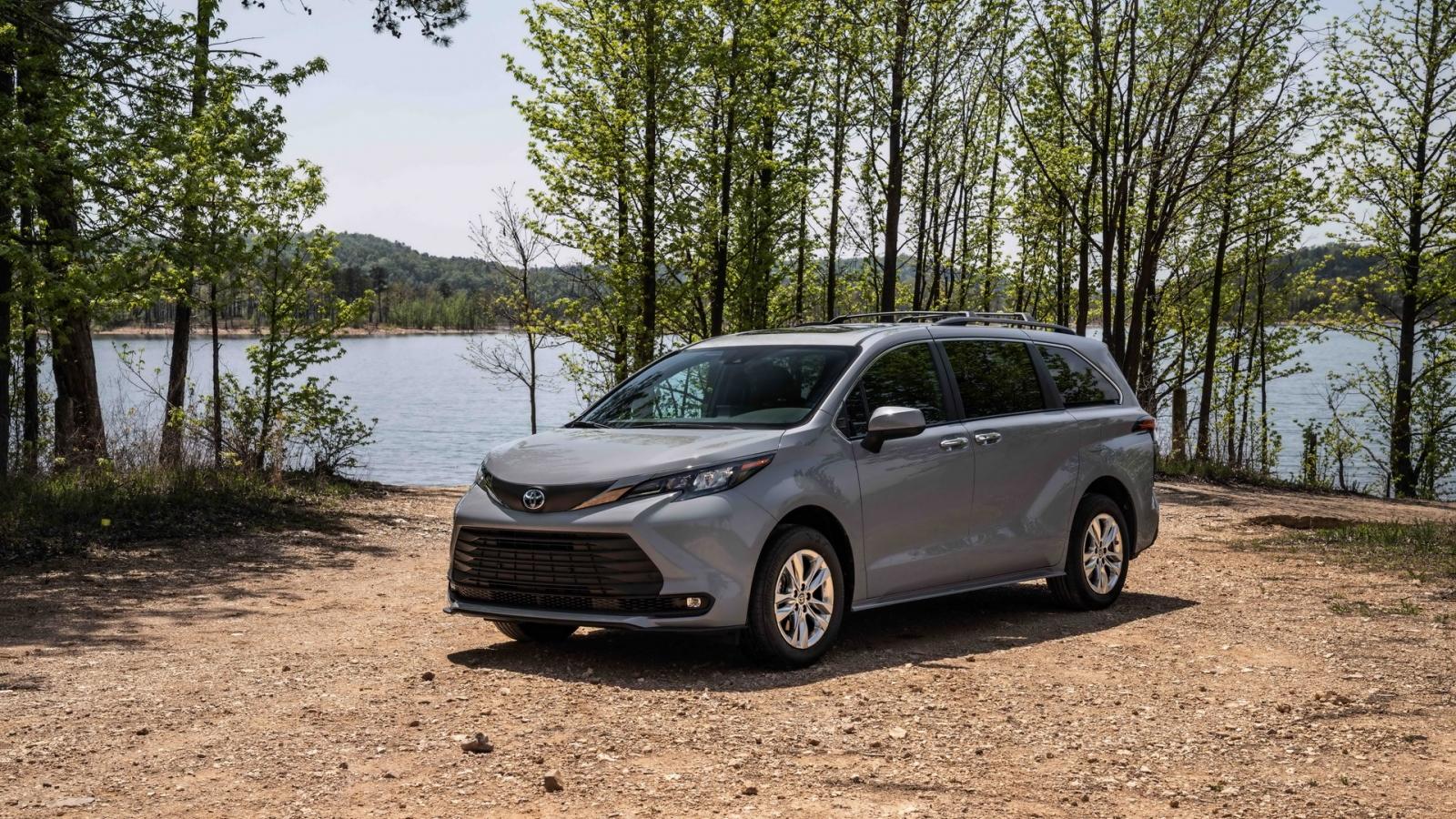 Toyota Sienna Woodland Edition 2022 - Mẫu MPV cho người thích dã ngoại
