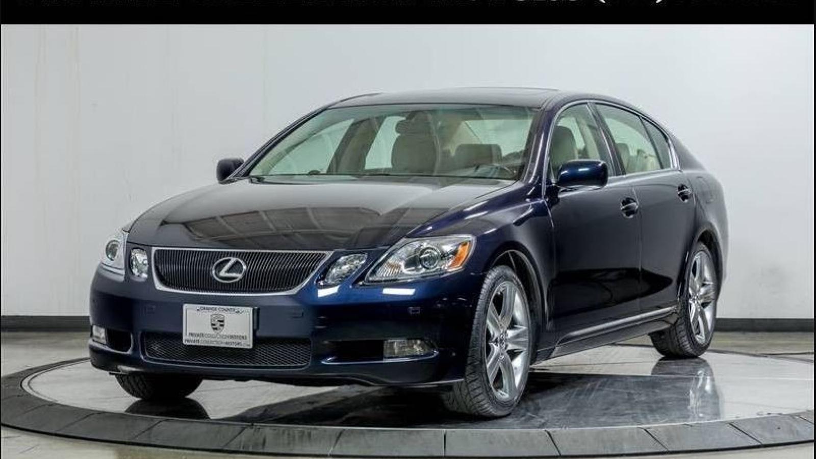 Lexus GS 430 sau 15 năm sử dụng được rao bán gần 30.000 USD