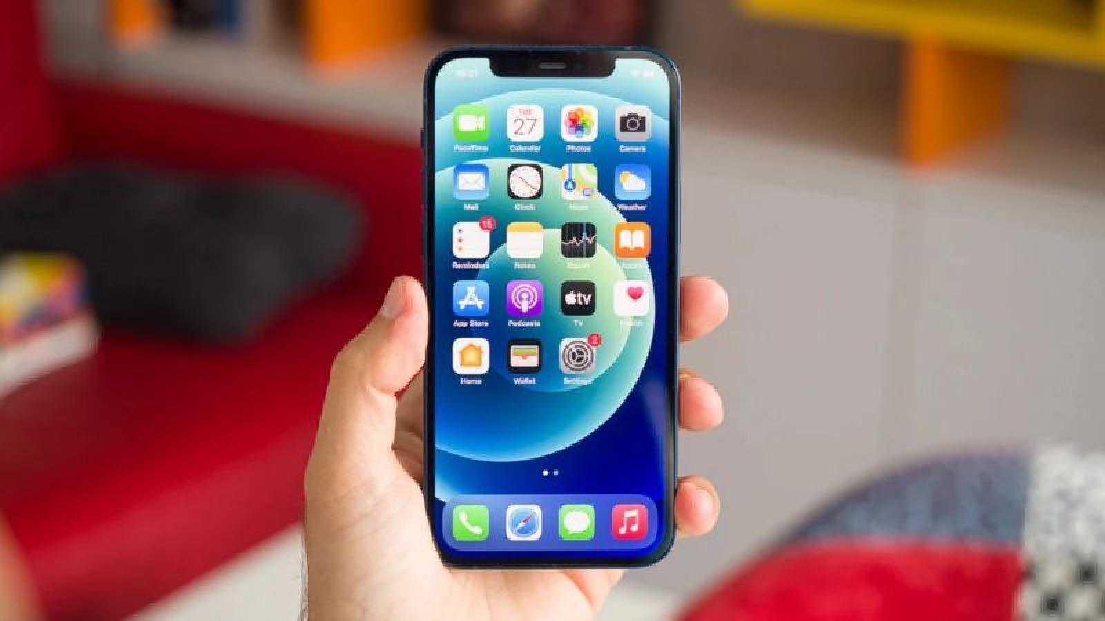 Chỉ loạt iPhone 13 Pro có lớp phủ đặc biệt chống bám vân tay