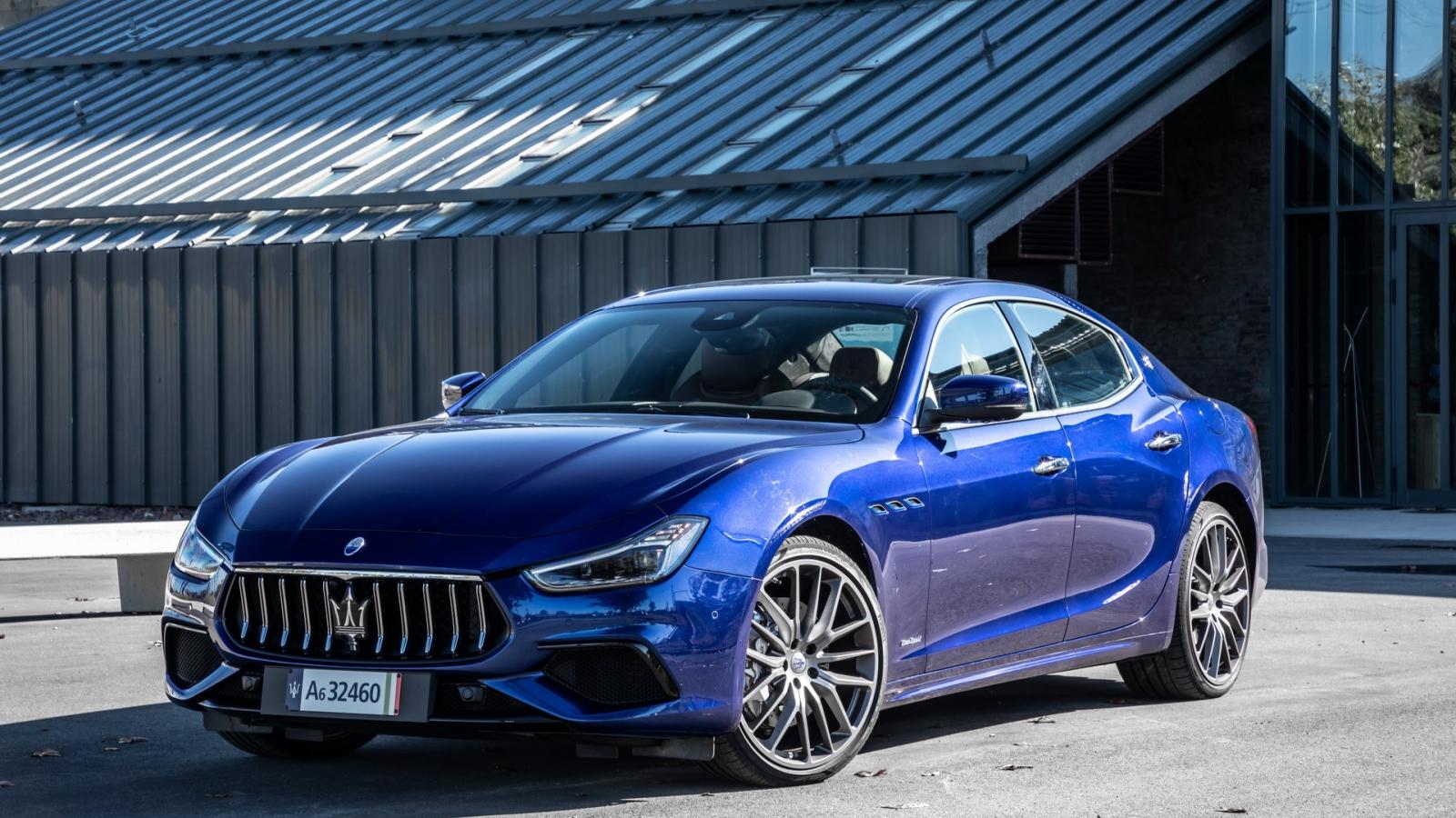 Khám phá xe điện Maserati Ghibli Hybrid vừa ra mắt