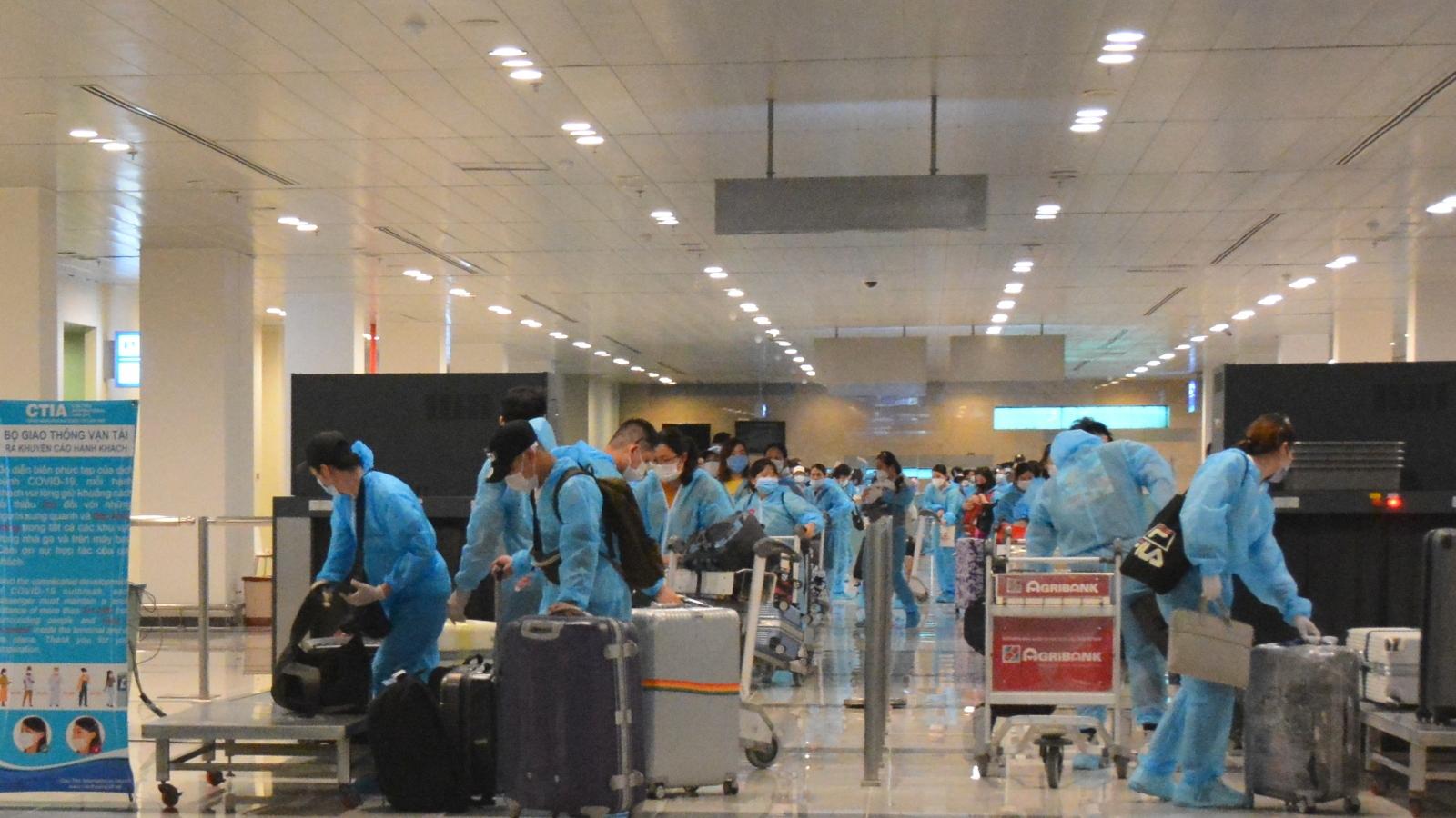 426 công dân Việt Nam về nước cách ly tại Bạc Liêu