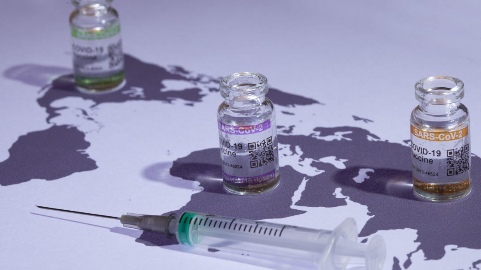Hungary bắt đầu tiêm vaccine cho các nhà ngoại giao nước ngoài