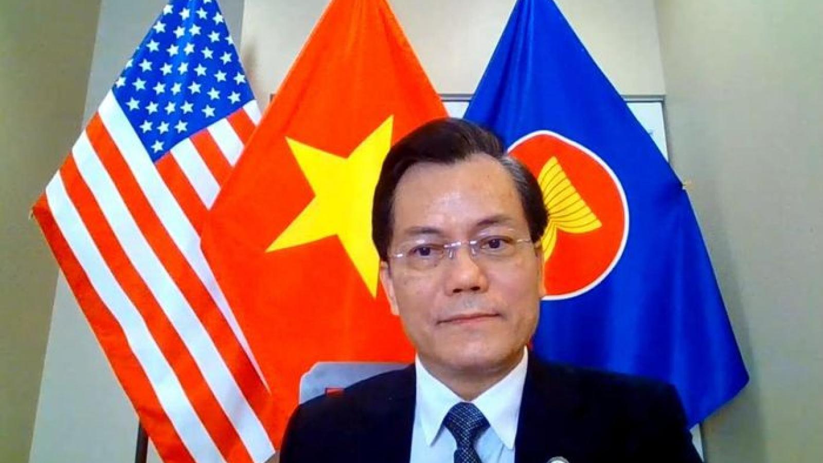 Đại sứ Hà Kim Ngọc điện đàm với Hạ nghị sỹ Mỹ Joaquin Castro về quan hệ Việt-Mỹ