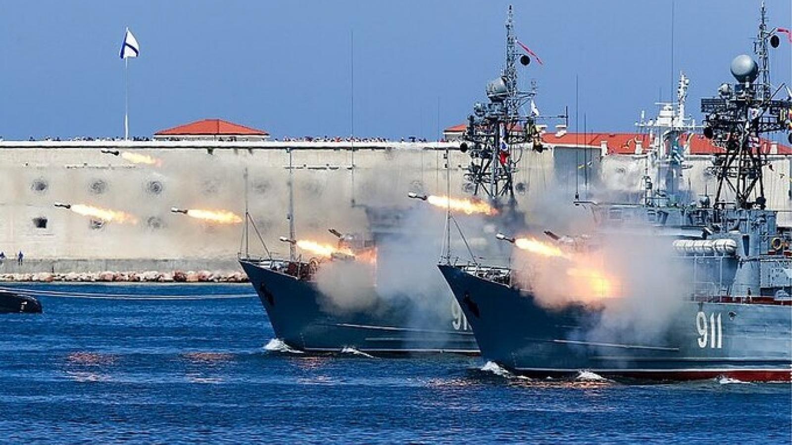 Nga diễn tập bắn đạn thật ở Biển Đen