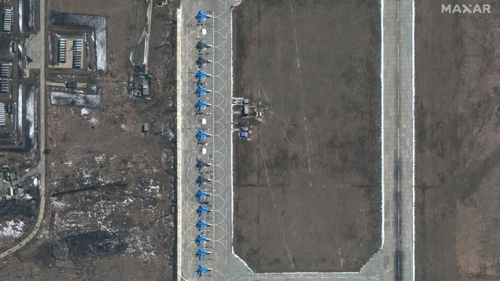 Biên giới Nga-Ukraine bất ngờ hạ nhiệt:Nga thông báo rút quân, sẵn sàng đối thoại