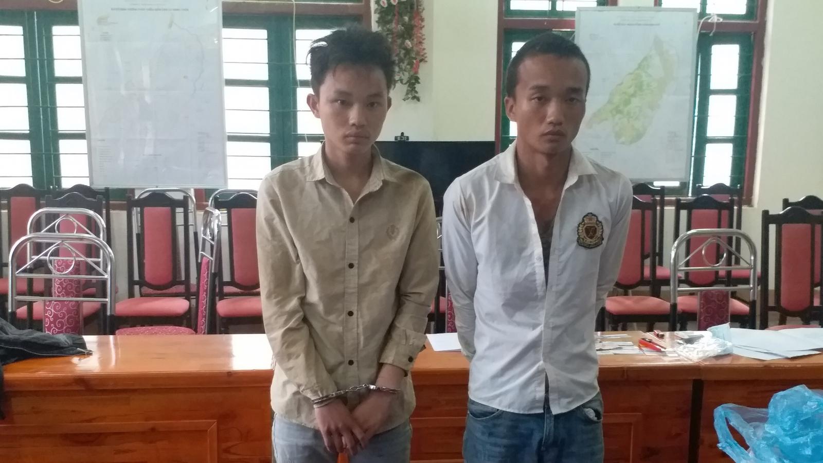 Biên phòng Lào Cai bắt giữ 2 đối tượng vận chuyển 6 bánh heroin