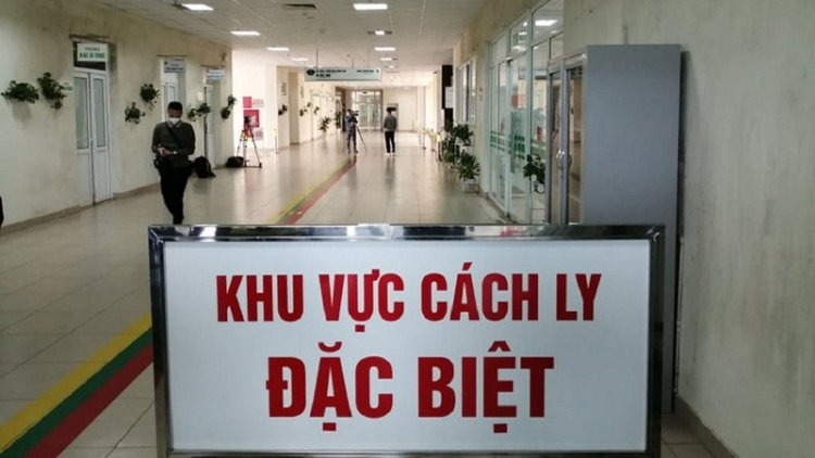 COVID-19: Two foreigners among six imported cases detected in Vietnam