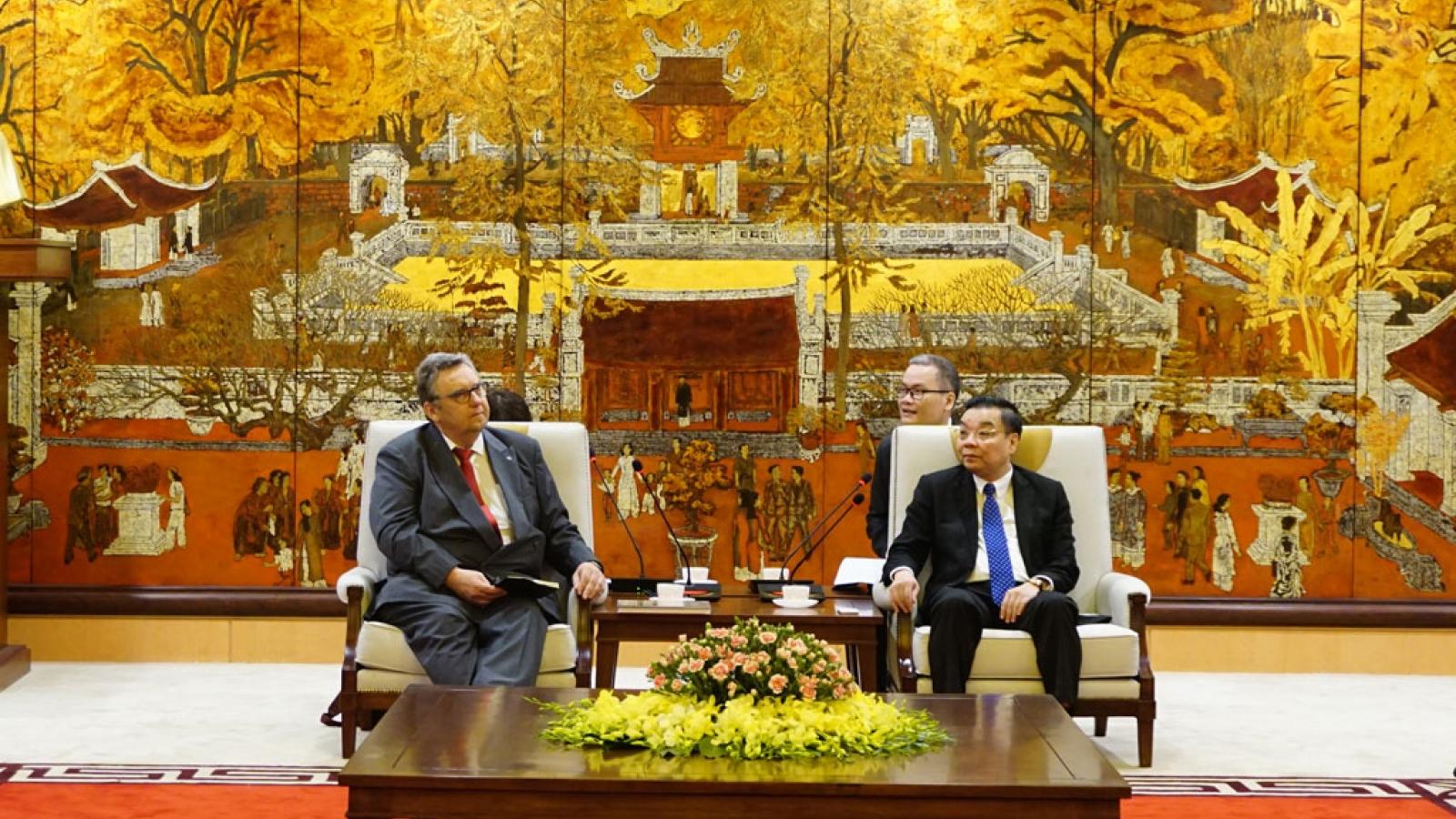 Hanoi welcomes Finnish investors, says city leader