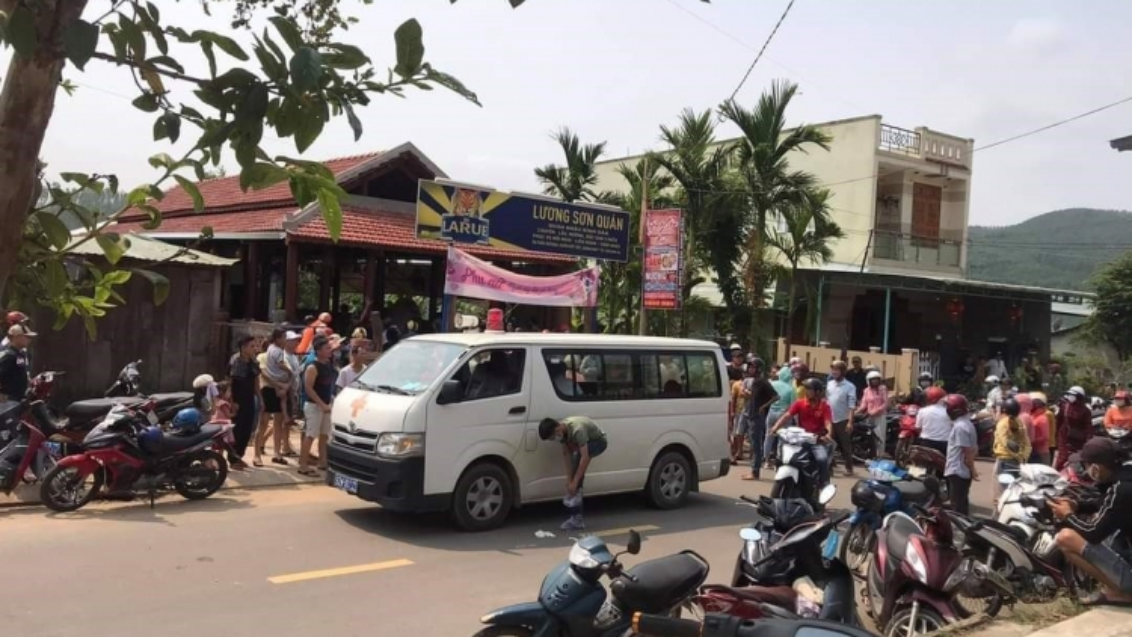 Khởi tố chủ quán nhậuđâm chết đầu bếp tại Quảng Nam