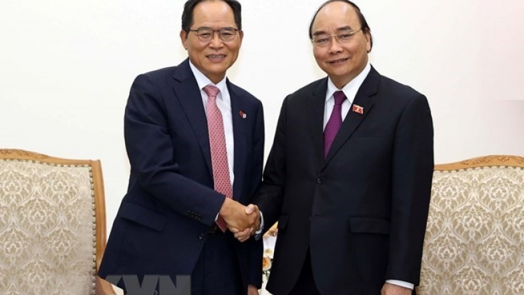 Vietnam welcomes expansion of RoK investment: PM Phuc