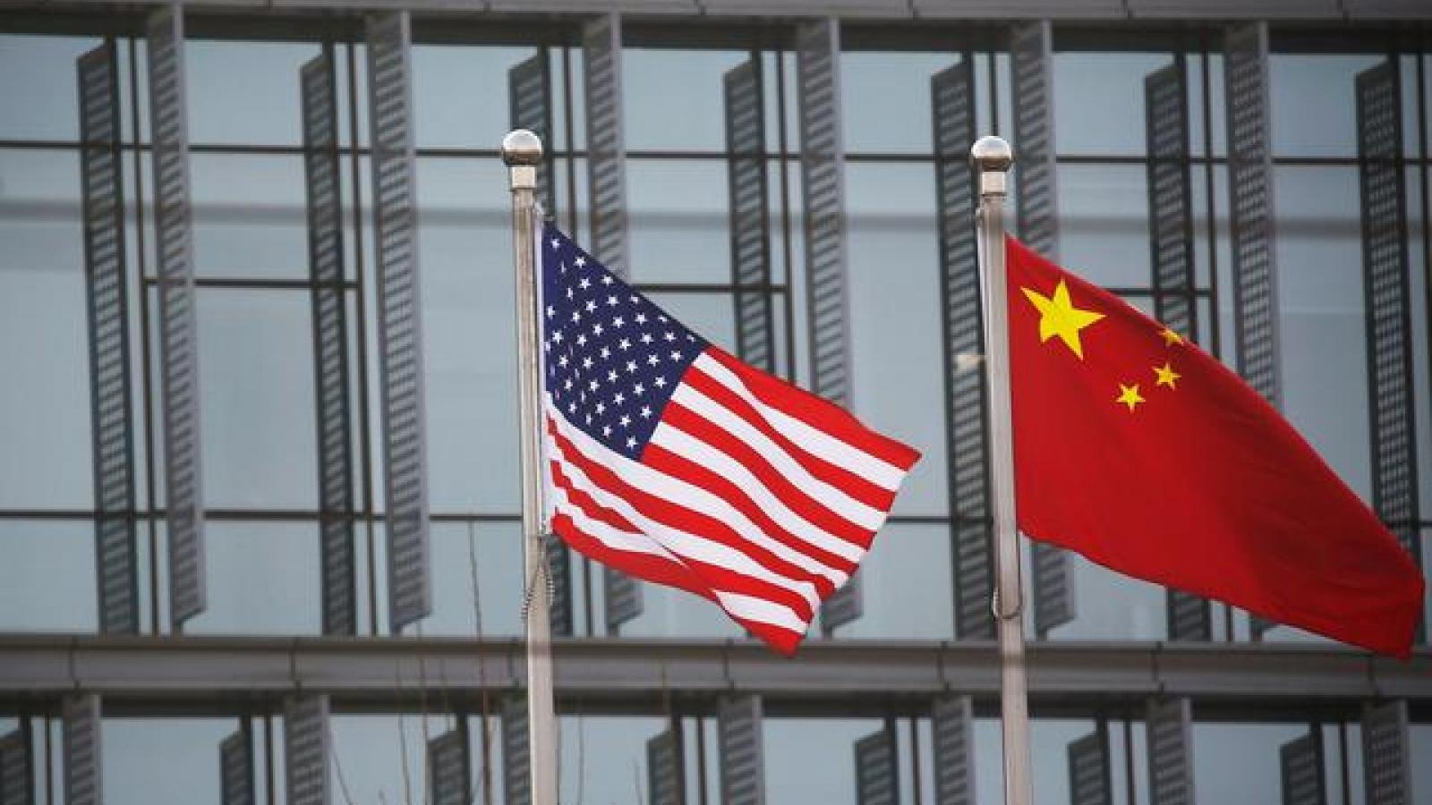 """Lý do Trung Quốc ngần ngại """"ăn miếng trả miếng"""" sau khi bị Mỹ áp thêm trừng phạt"""