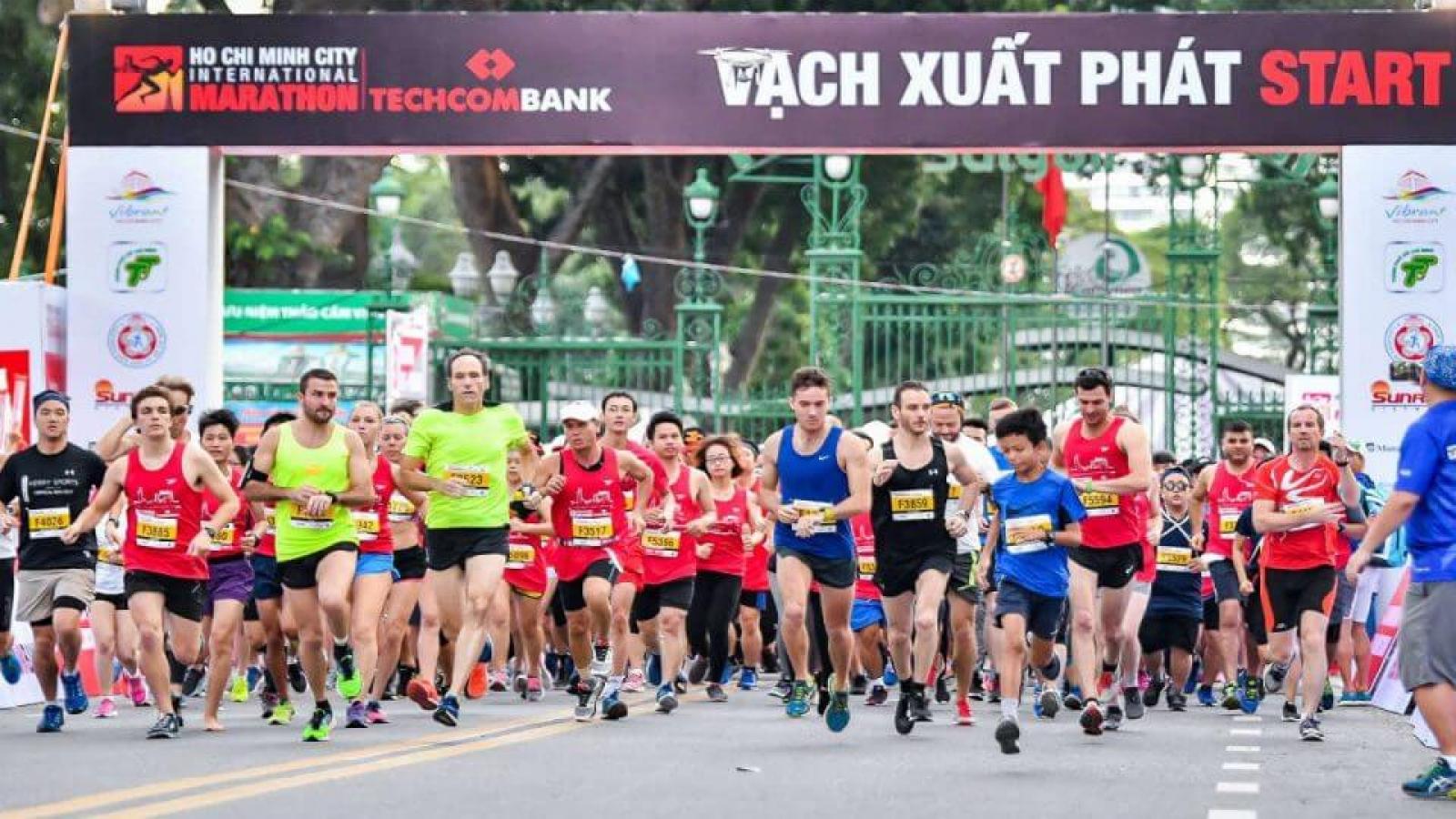 Over 13,000 athletes join HCM City International Marathon