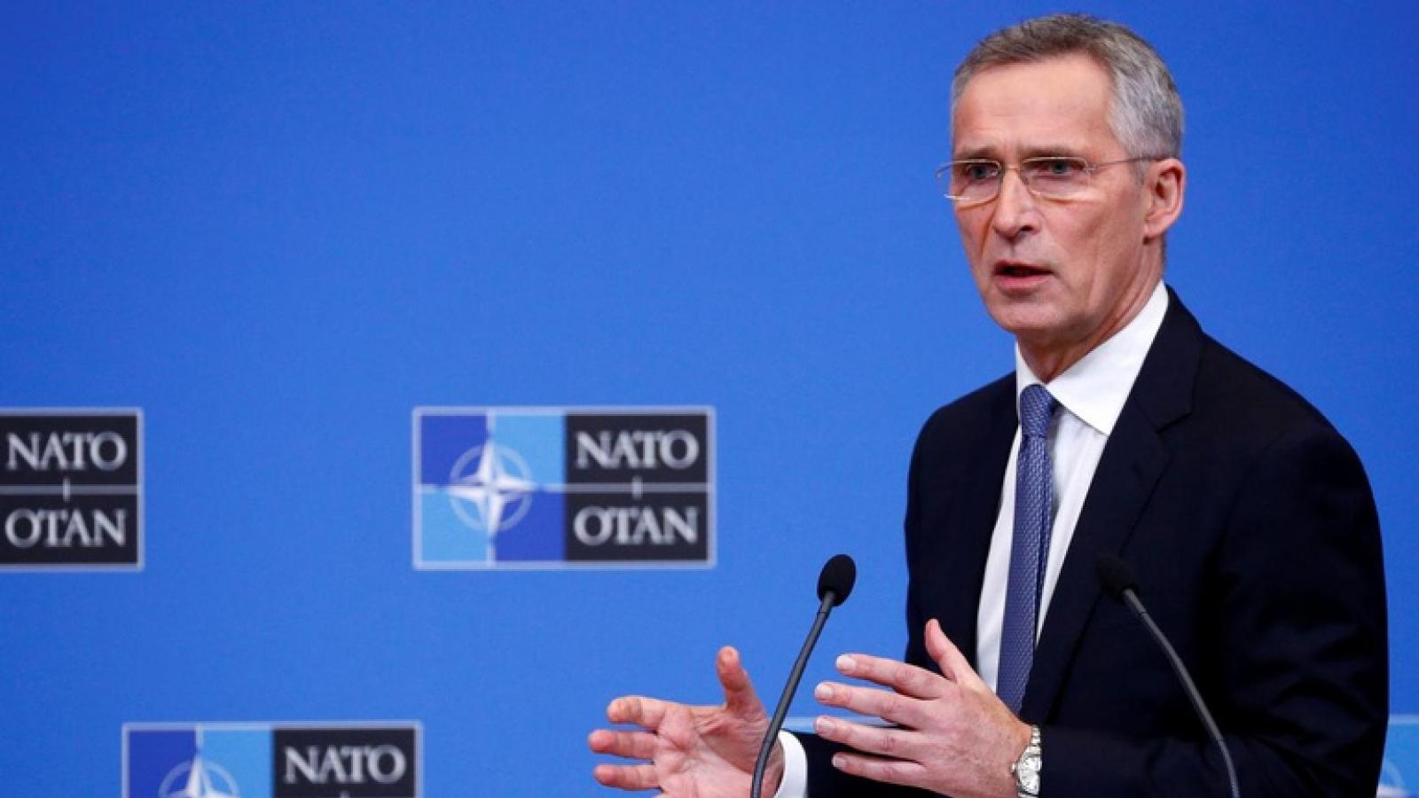 NATO yêu cầu Nga chấm dứt tập trung quân gần biên giới Ukraine