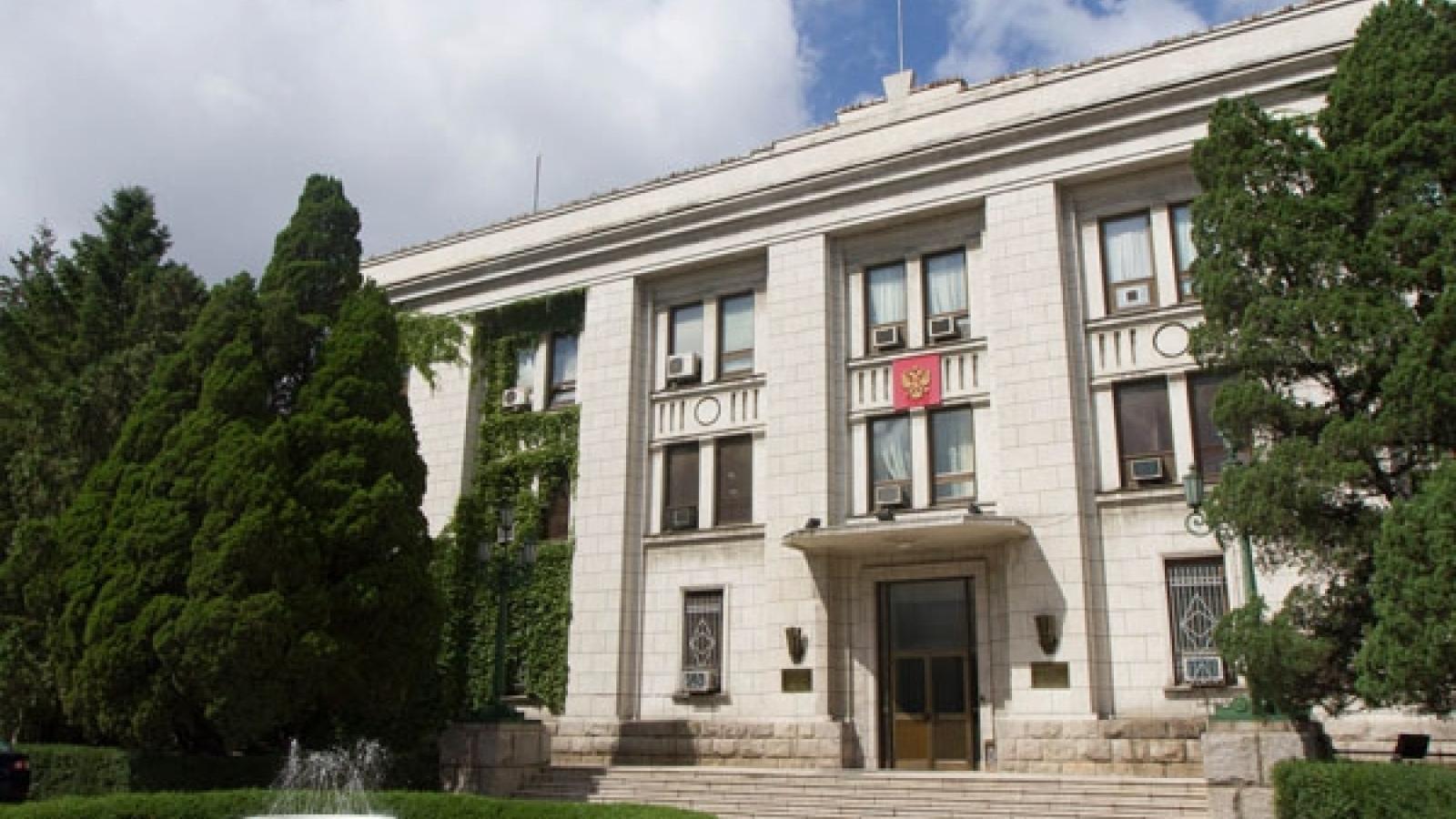 Nga tiếp tục ở lại trong khi nhiều nước đóng cửa Đại sứ quán tại Triều Tiên