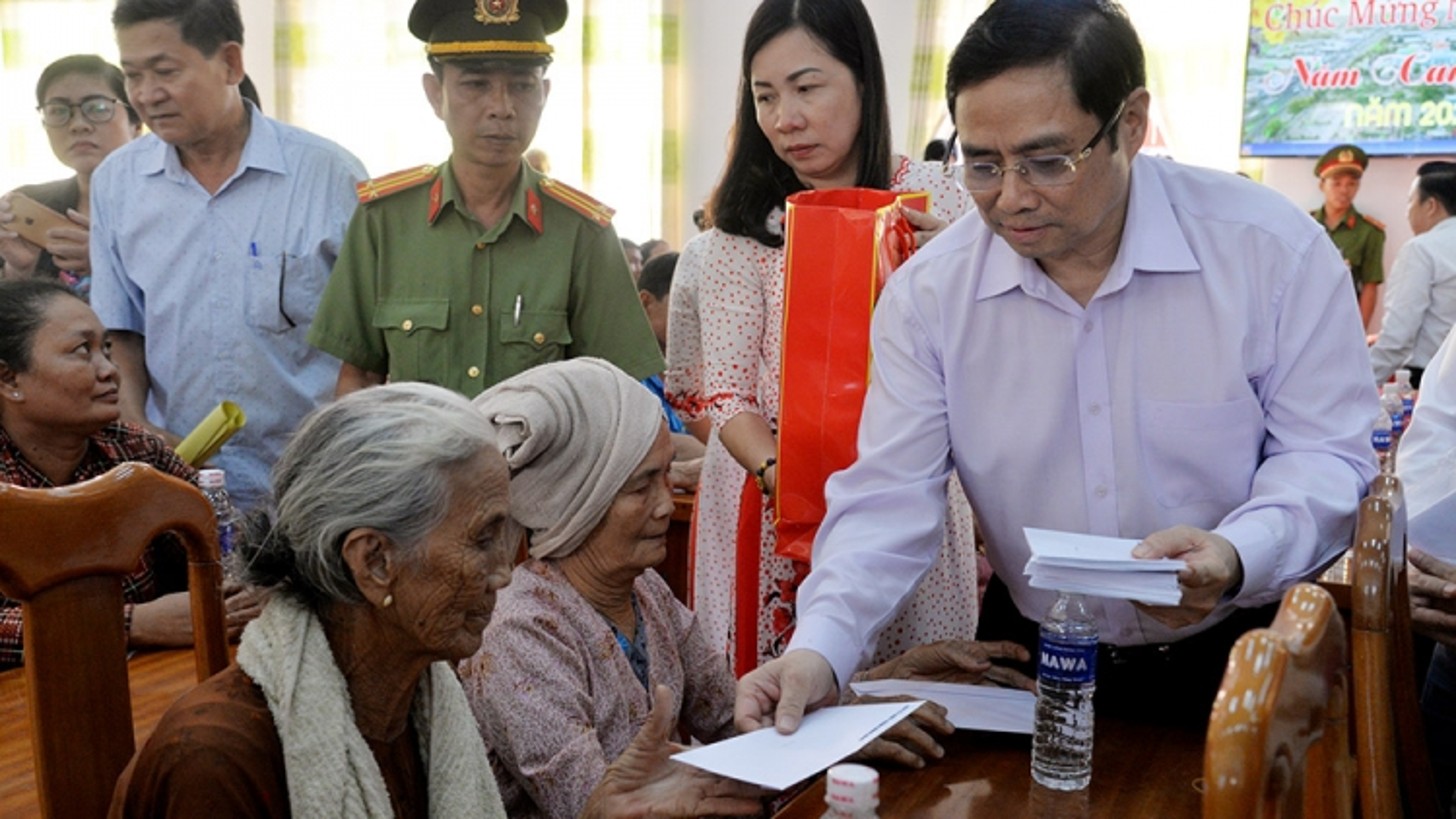 Tân Thủ tướng có bề dày kinh nghiệm, được thử thách qua nhiều vị trí công tác