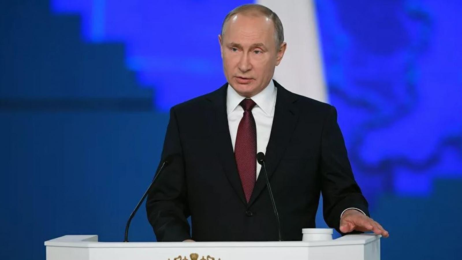 """Tổng thống Putin lên án lệnh trừng phạt """"không công bằng"""" của phương Tây"""