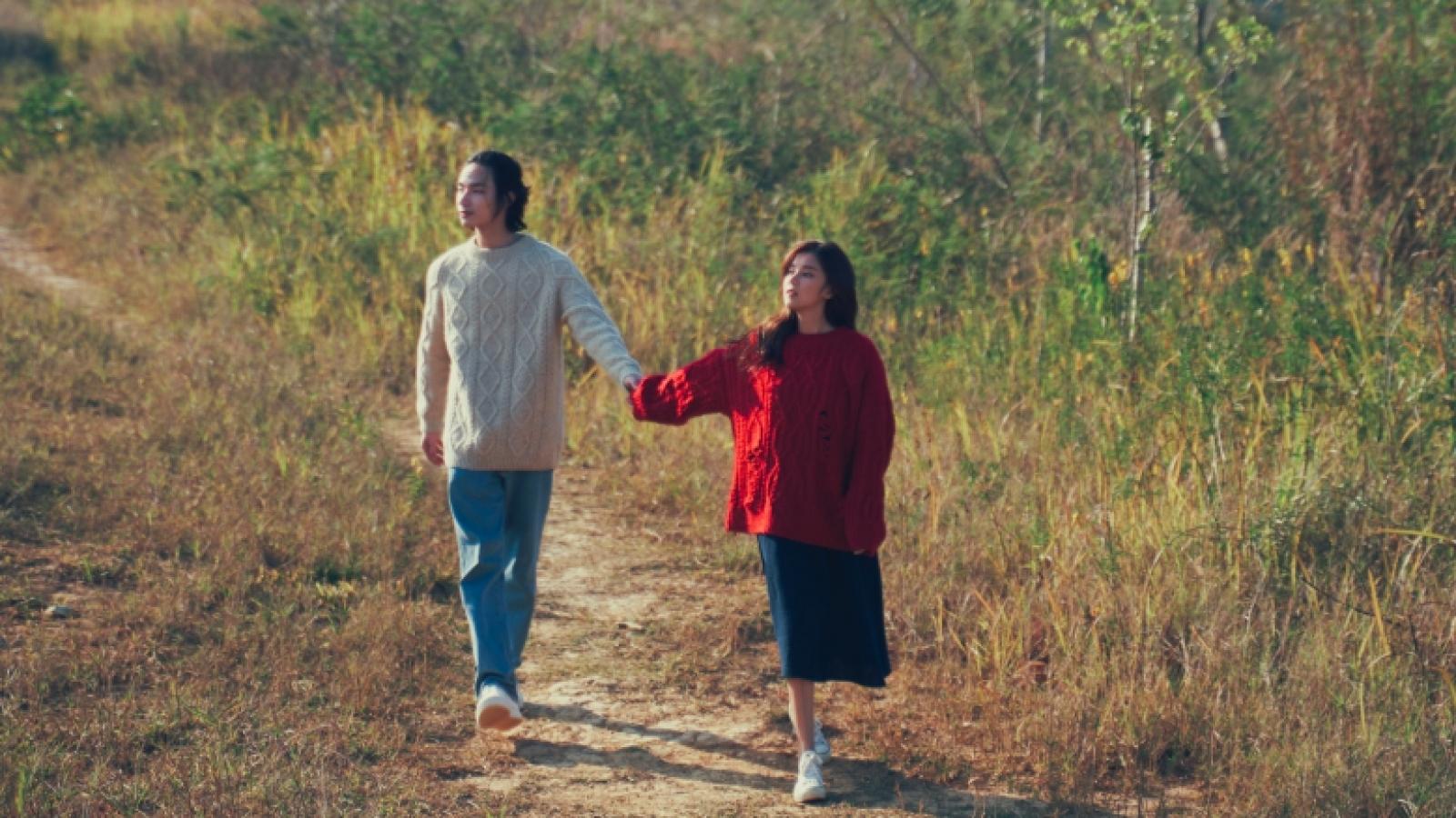 """Hoàng Yến Chibi bắt tay với TLinh, Ly Lytrong MV """"Yêu thầm"""""""